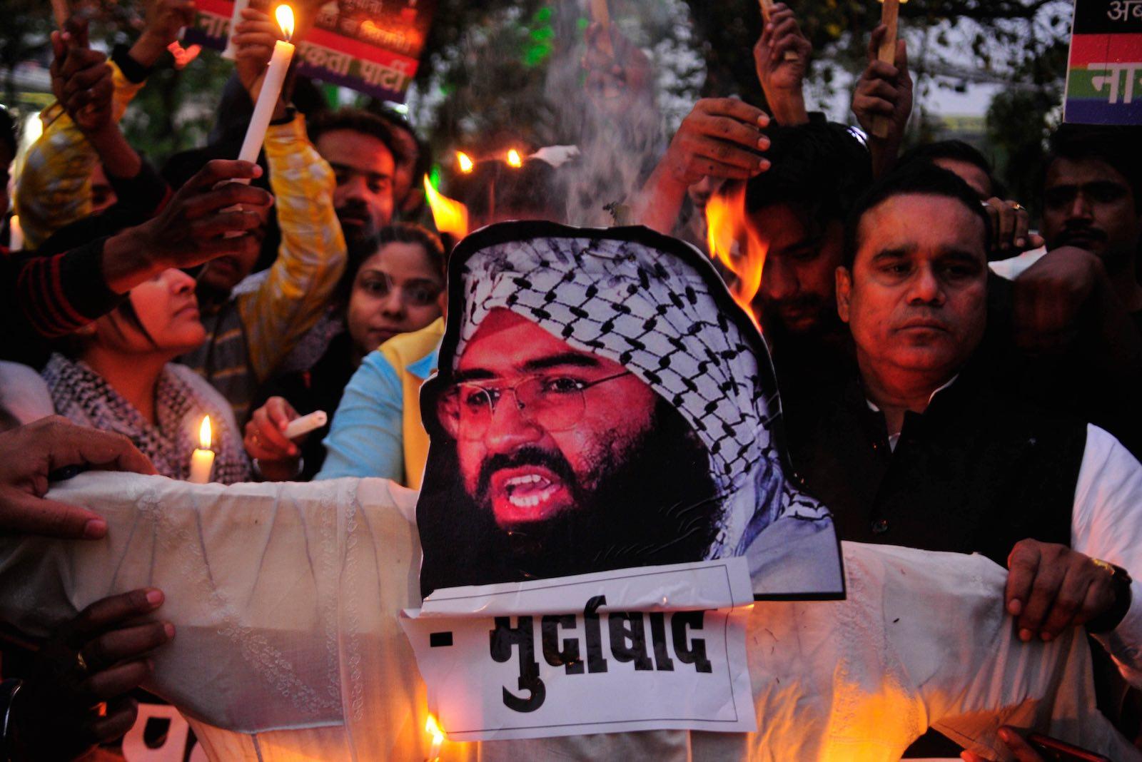 Demonstrators in India burn an effigy of Jaish-e-Mohammed leader Masood Azhar in February (Photo: Deepak Gupta via Getty)