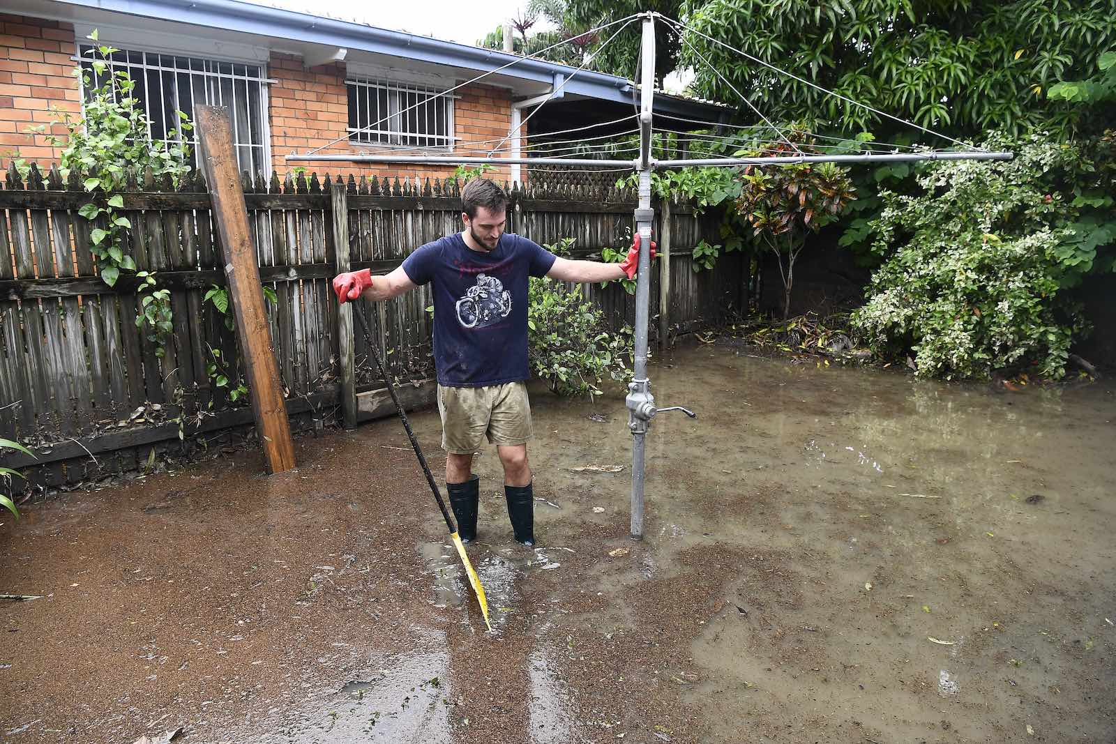 The clean up following the Townsville floods in February (Photo: Ian Hitchcock/Getty)