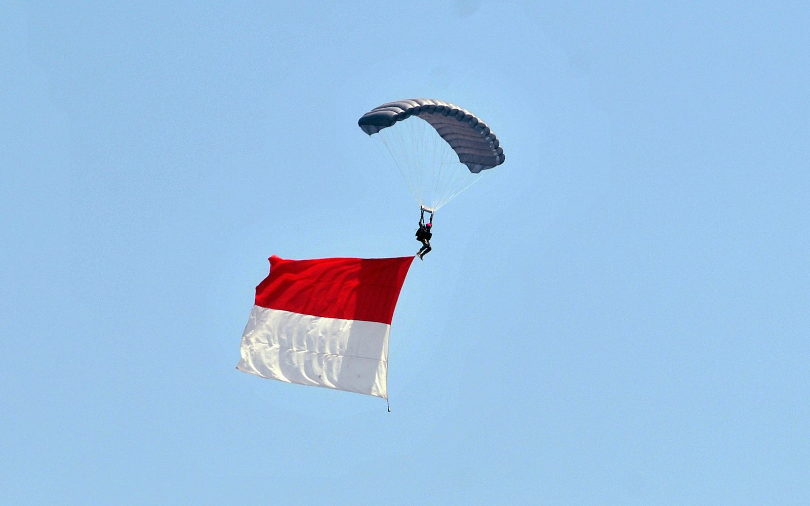 TNI Air Force demonstration at the 74th anniversary celebration of the Indonesian National Armed Forces, Jakarta, 5 October 2019 (Dasril Roszandi/NurPhoto via Getty Images)