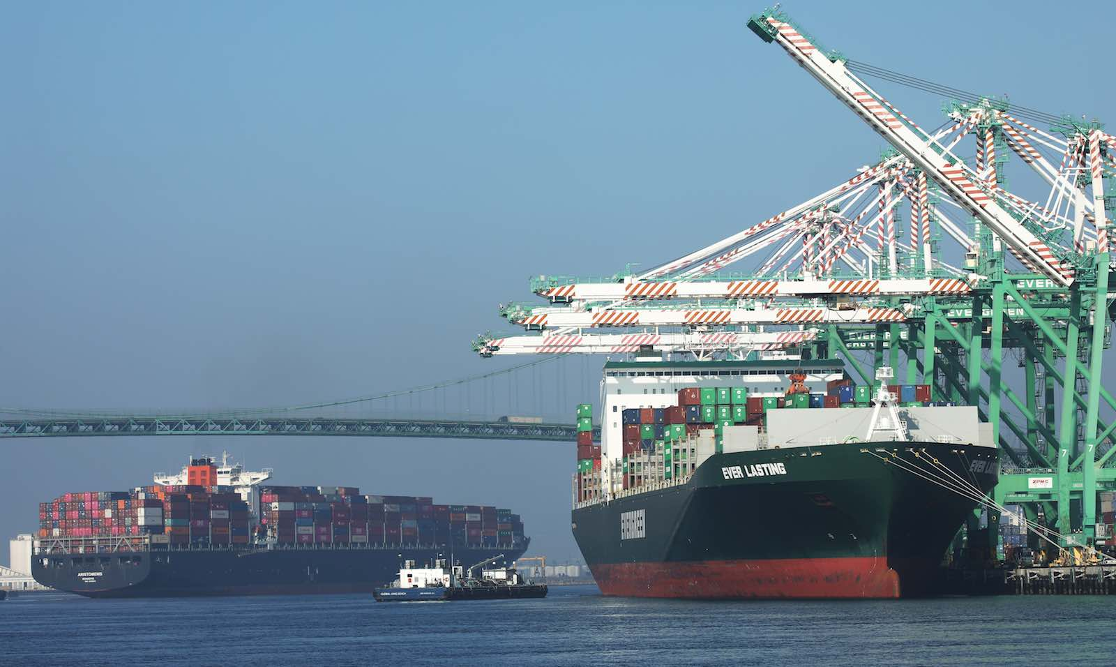 The Port of Los Angeles, the busiest container port in the US (Photo: Mario Tama/Getty Images)