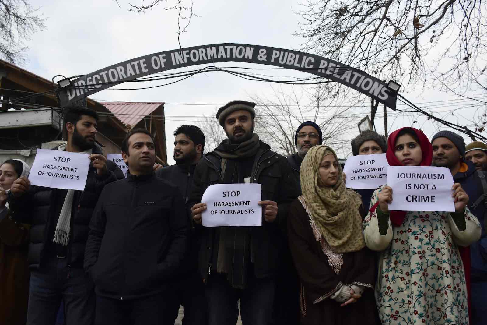 Kashmiri journalists protest in Srinagar, Indian Administered Kashmir, on 18 December 2019, the day after journalists covering a student protest were beaten by security forces (Photo: Muzamil Mattoo/NurPhoto via Getty Images)