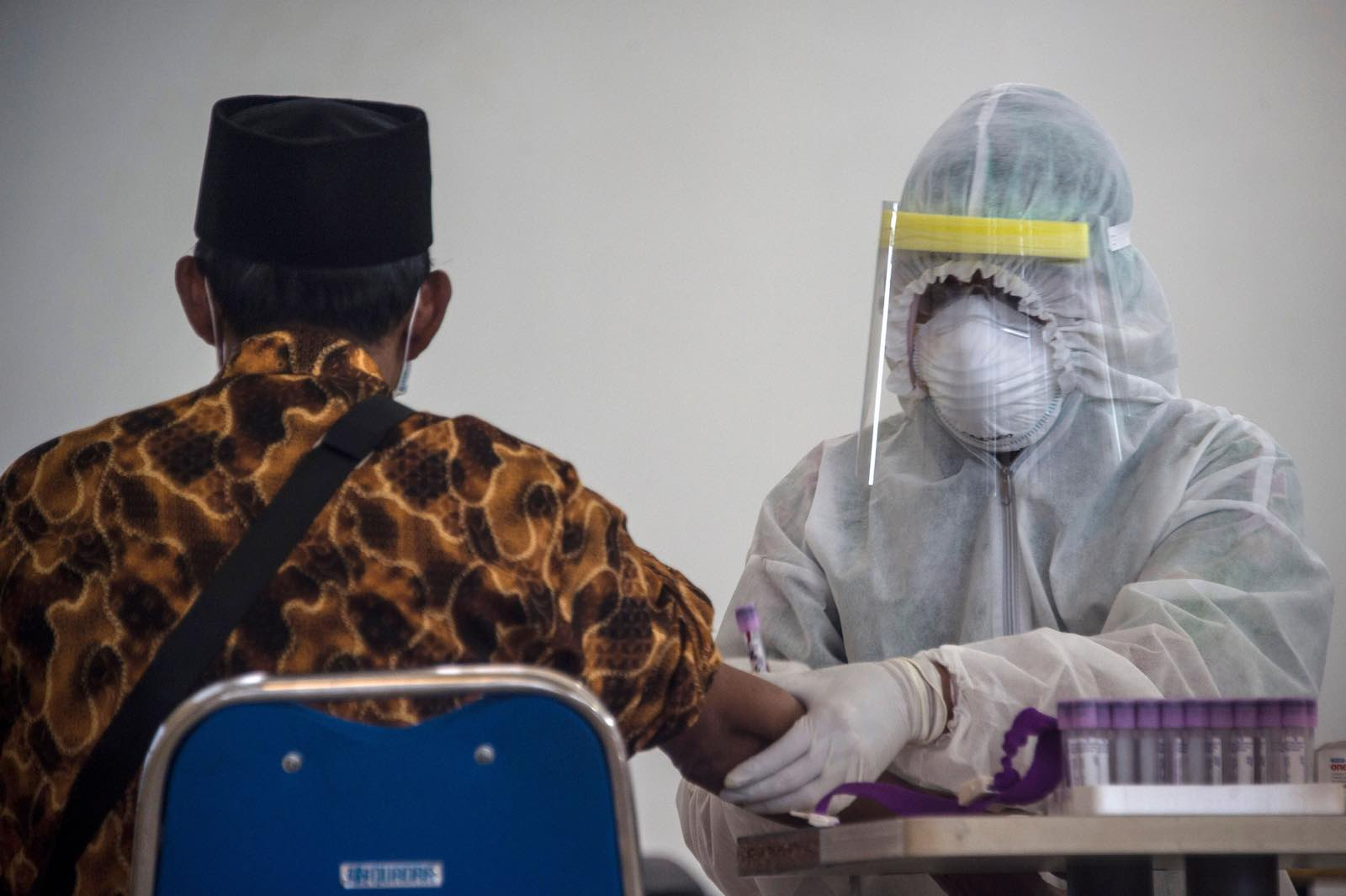 Health screening at Surabaya airport in Indonesia's East Java Juni Kriswanto/AFP/Getty Images)