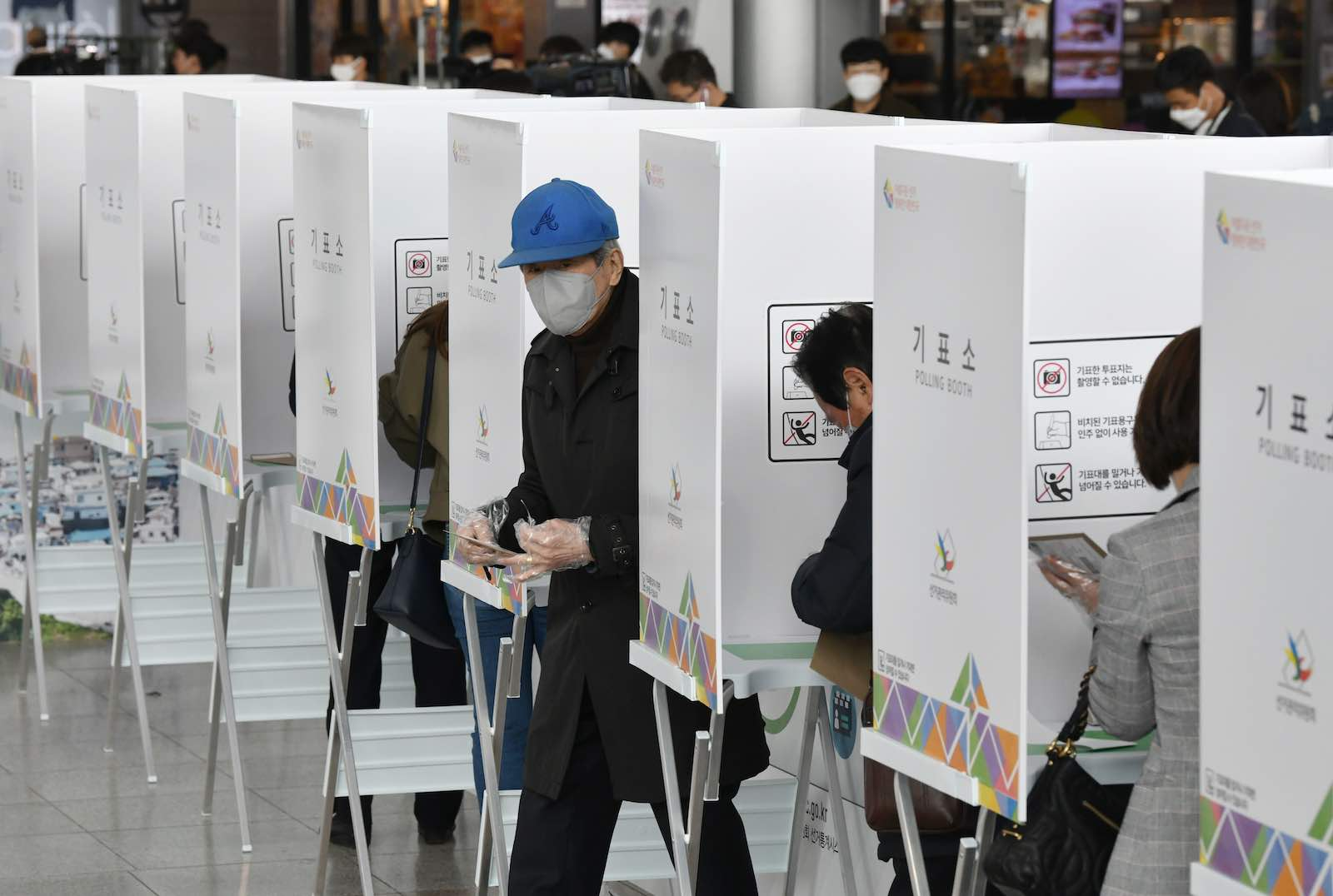Early voting at a polling station in Seoul on 10 April ahead of next week's parliamentary elections (Jung Yeon-je/AFP/Getty Images)