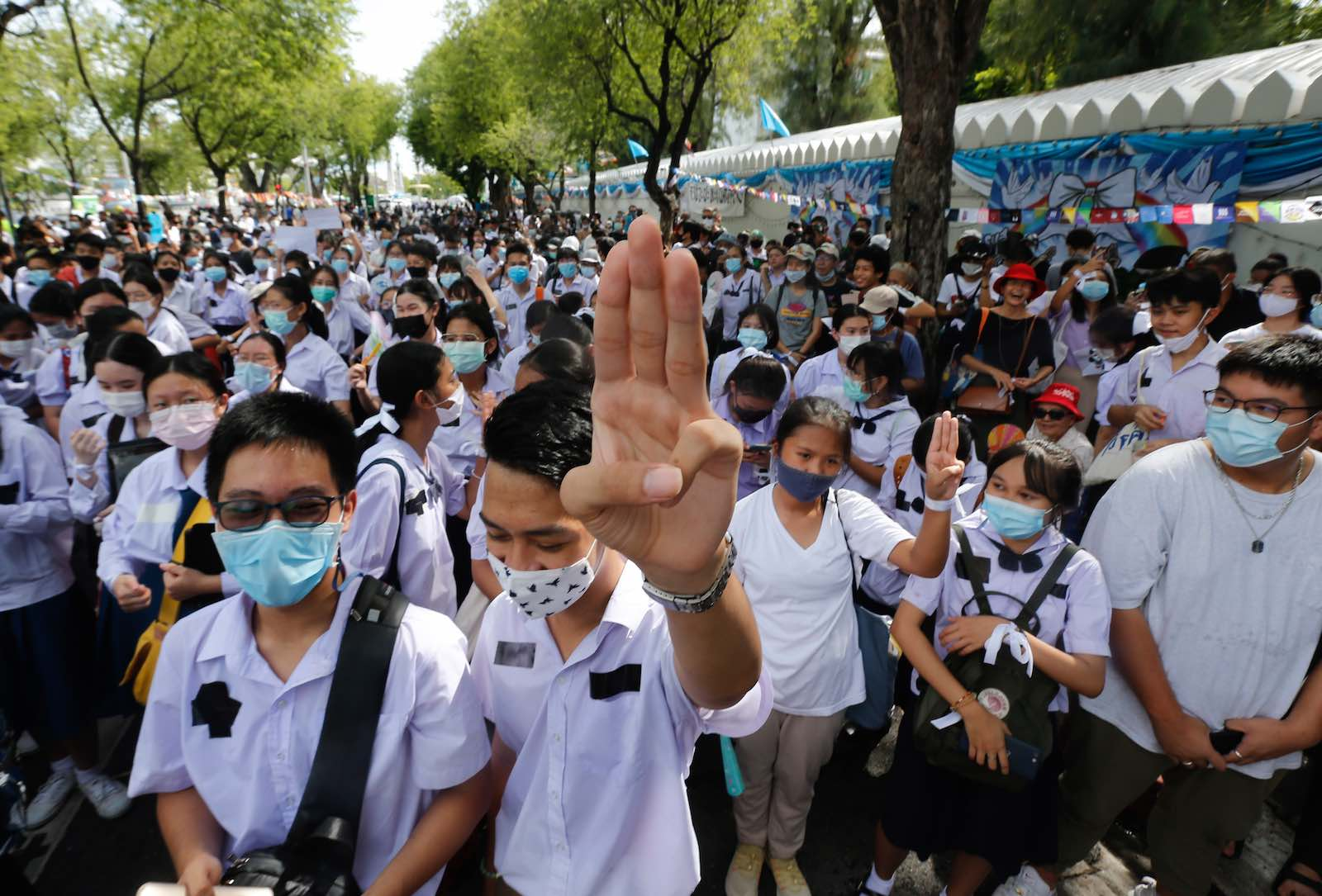 A Thai student gives a three-finger salute during a rally outside the Ministry of Education, Bangkok, 5 September 2020 (Chaiwat Subprasom/SOPA Images/LightRocket via Getty Images)