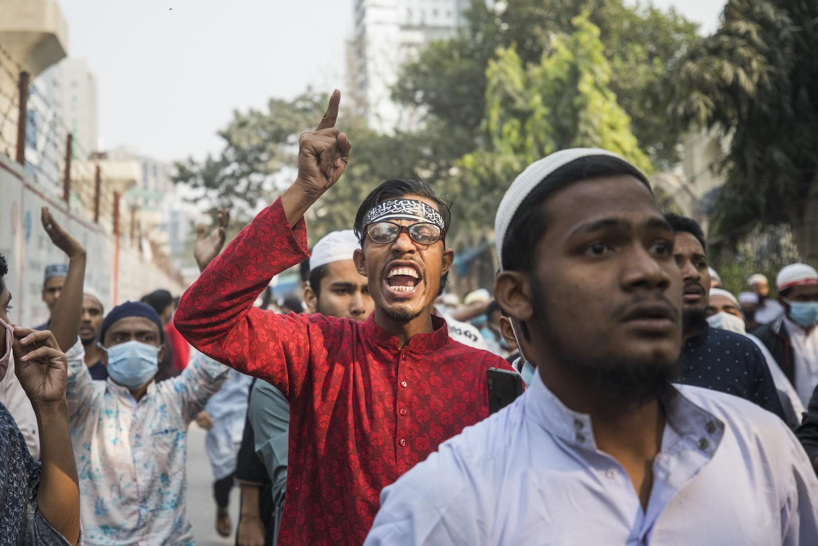 Protesting the installation of statues of Bangladesh's founding president, 4 December 2020 in Dhaka (Ahmed Salahuddin/NurPhoto via Getty Images)