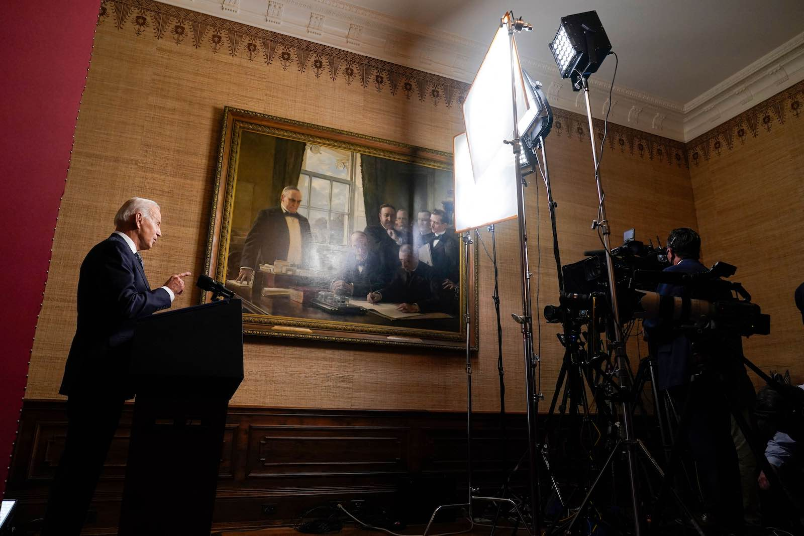 US President Joe Biden speaks in the White House about the withdrawal of US troops from Afghanistan, 14 April 2021 (Andrew Harnik/Pool/AFP via Getty Images)