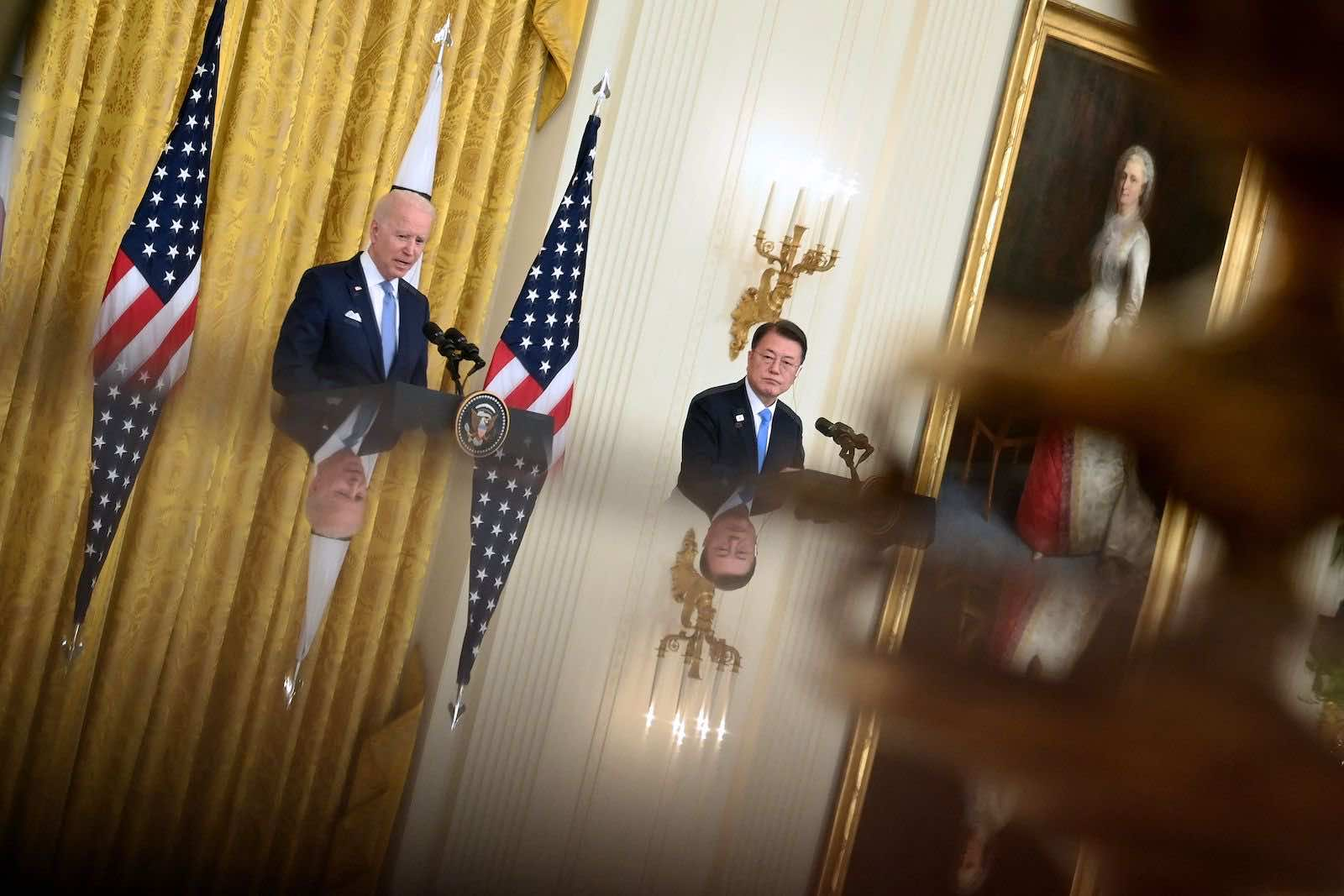 US President Joe Biden and South Korean President Moon Jae-in at the White House on 21 May (Brendan Smialowski/AFP via Getty Images)