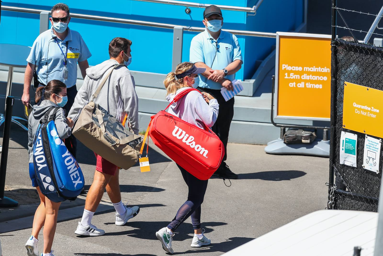 Tennis players enter the quarantine zone to train at Melbourne Park (Asanka Ratnayake/Getty Images)
