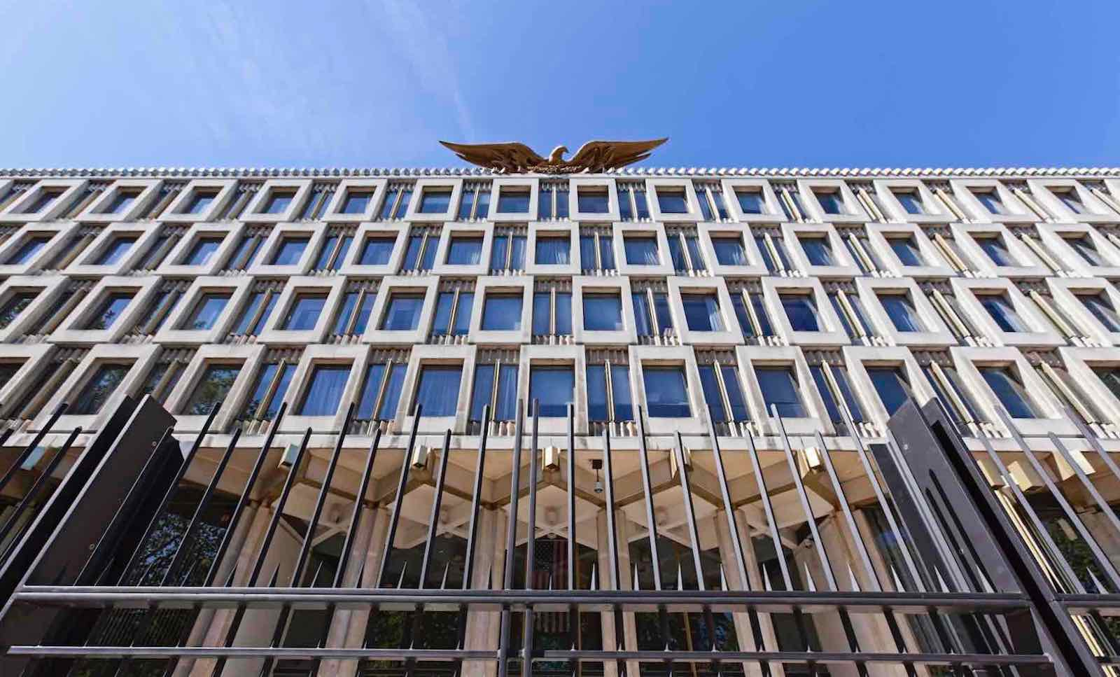 The US Embassy in London (Photo: TerryJ/Getty Images)