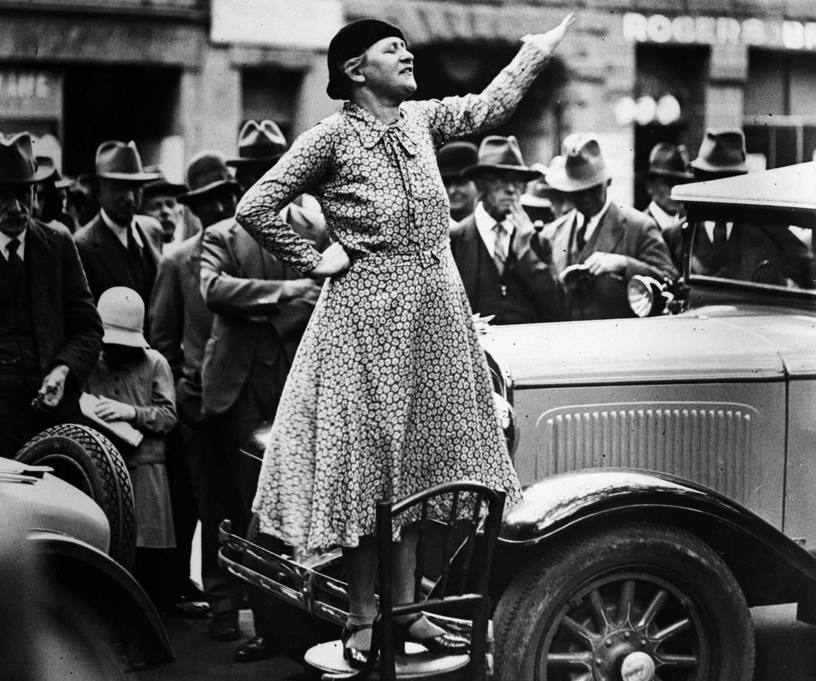 Adela Pankhurst, earlier a member of the Women's Peace Army, speaking in Sydney in 1931. (Photo: Fox Photos/Getty)