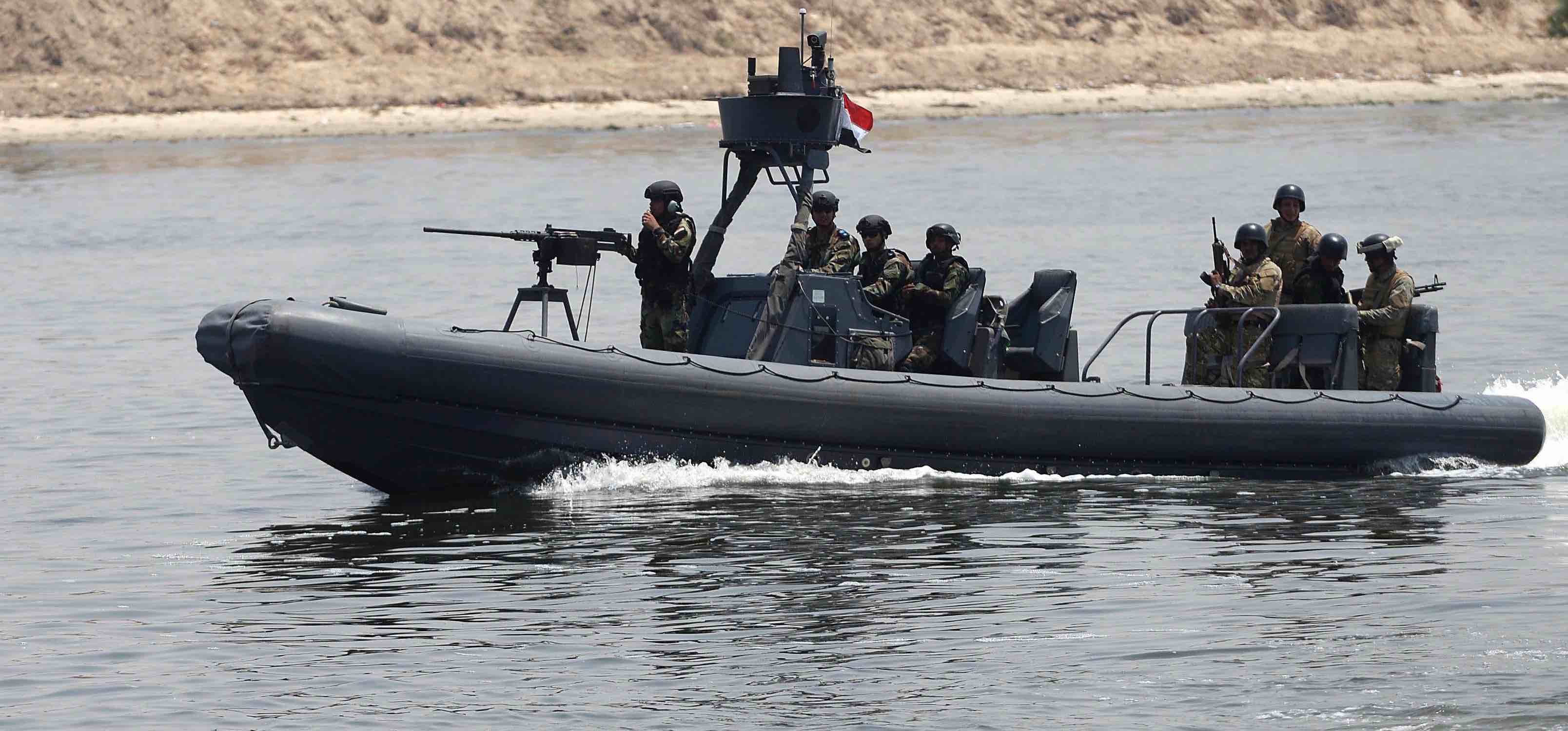 An Egyptian patrol in the Suez Canal (Photo: Anadolu Agency via Getty)