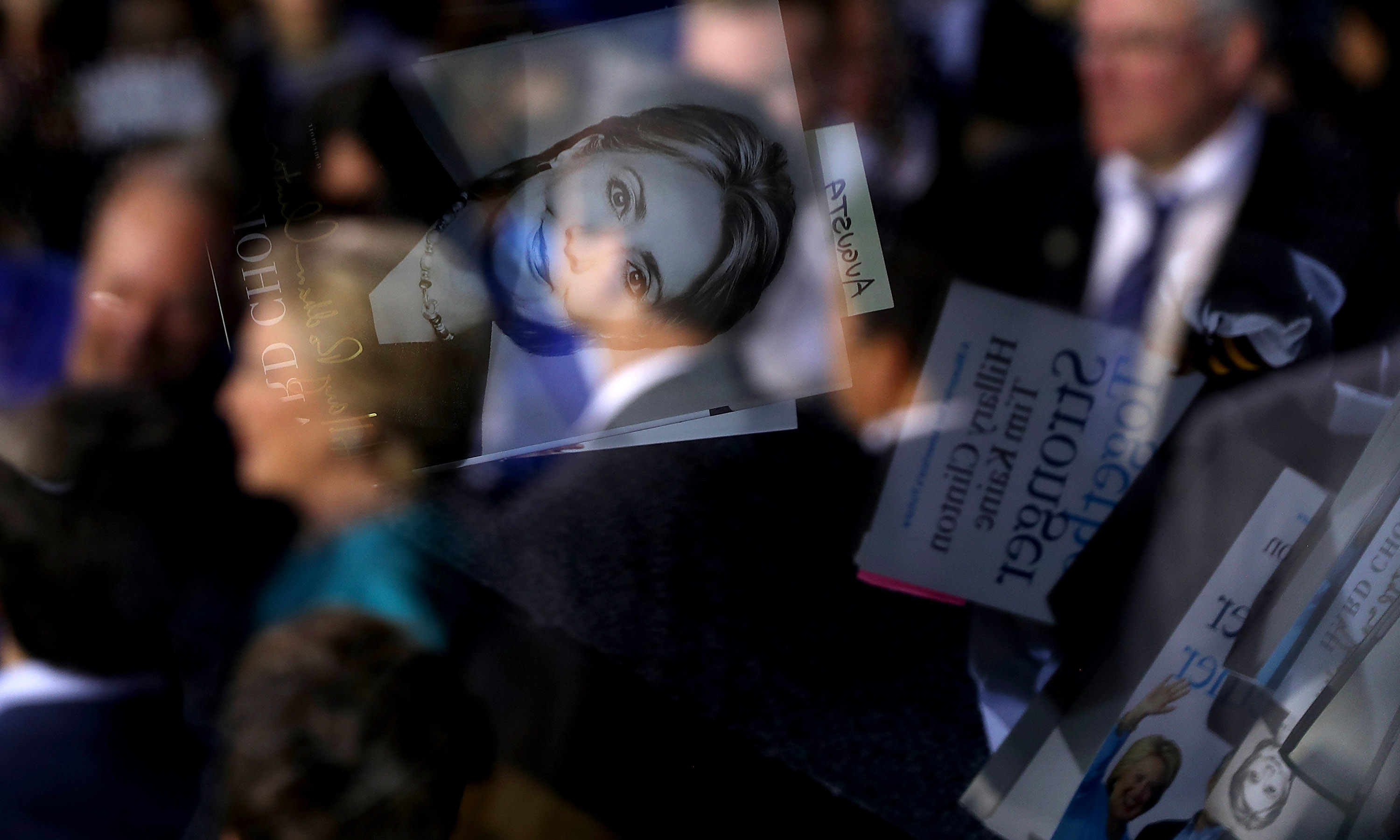 Books reflected in a teleprompter during a Hillary Clinton campaign rally in the 2016 election (Photo: Justin Sullivan/Getty)