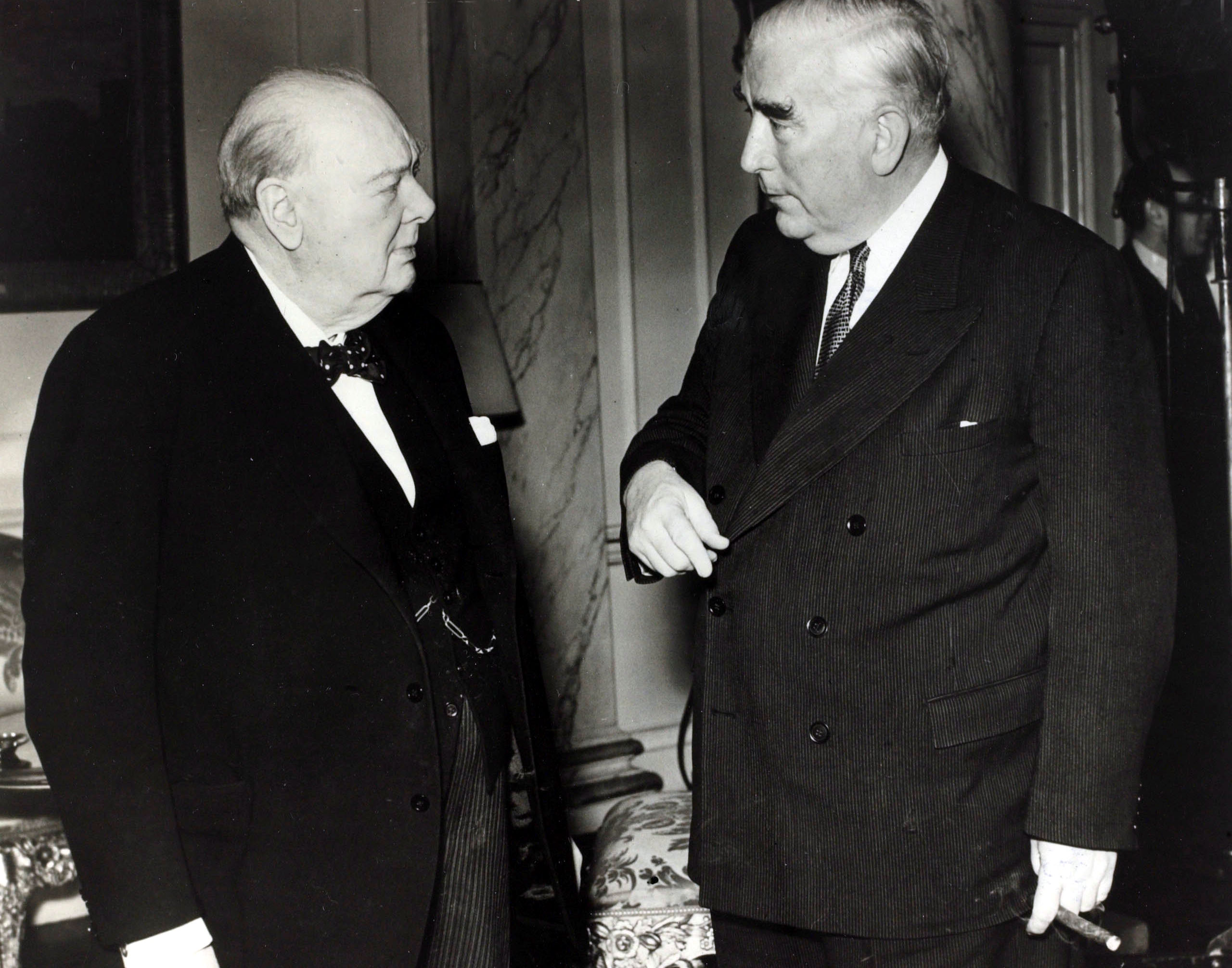 Robert Menzies meets Winston Churchill at the Commonwealth Conference of Prime Ministers in London, January 1955