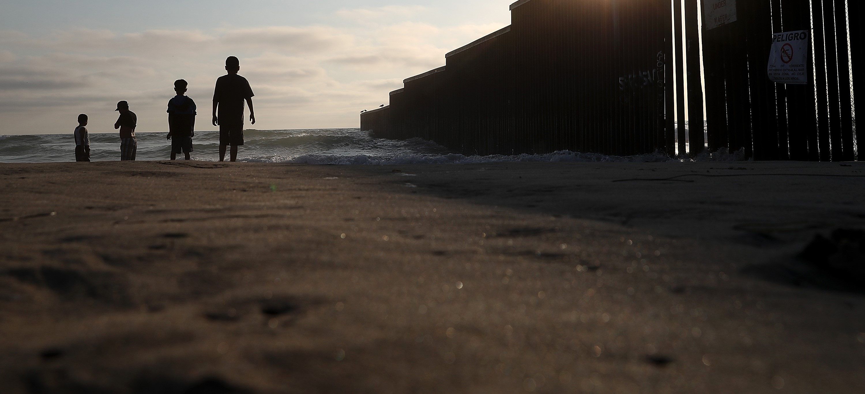 The US-Mexico border fence at Tijuana, Baja California, July 2017 (Photo: Getty Images/Justin Sullivan)