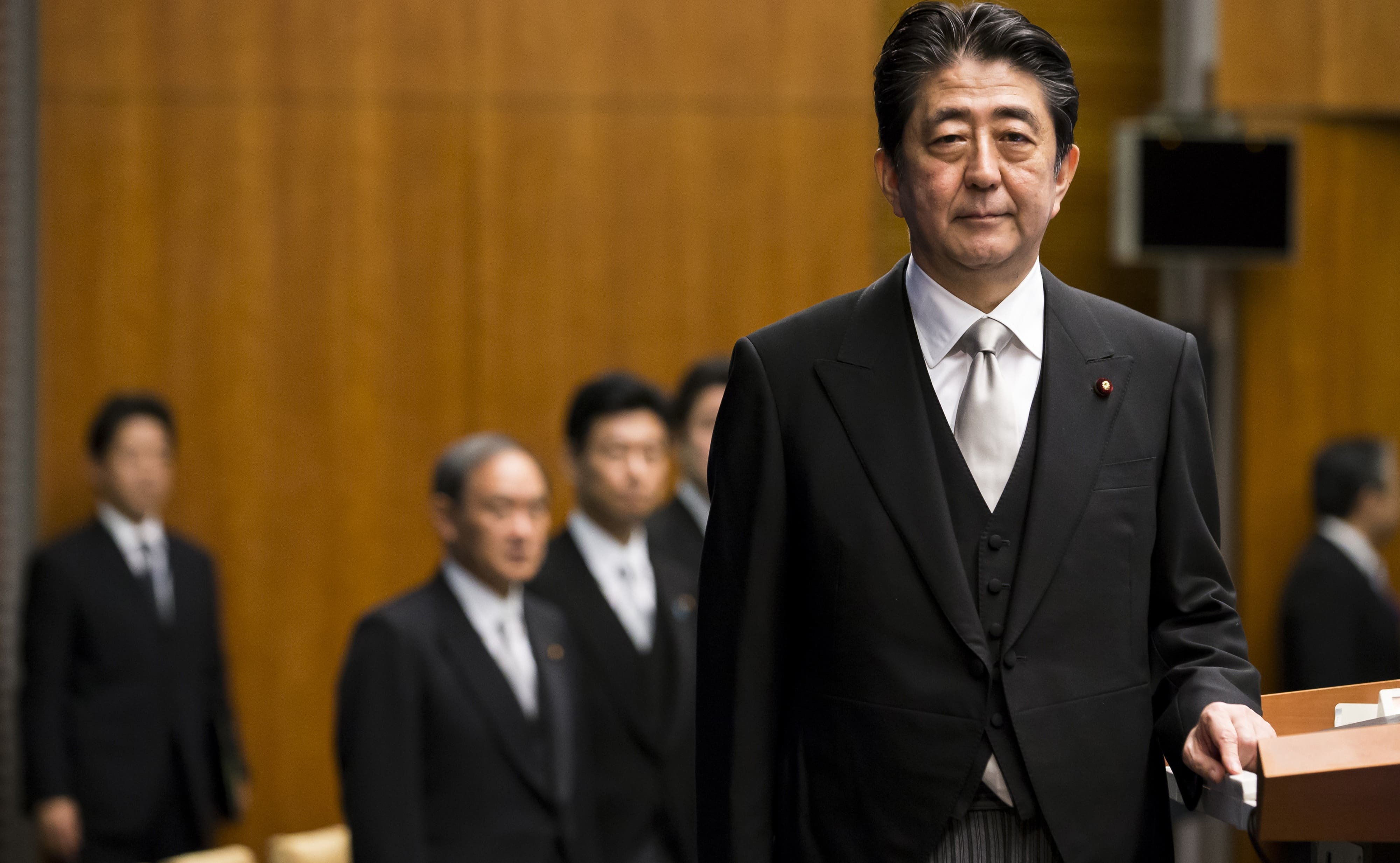 Japanese Prime Minister Shinzo Abe at a press conference, 3 Aug 2017 (Photo: Getty Images/Bloomberg)