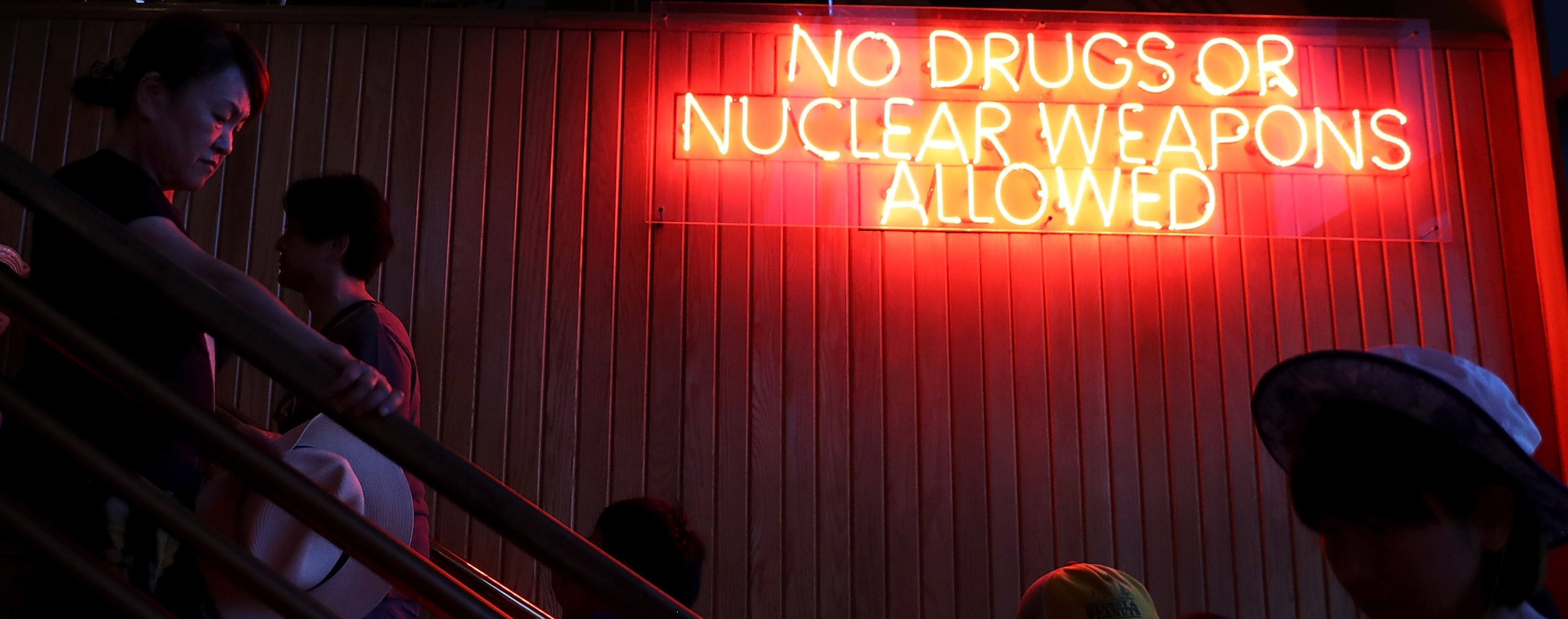 A sign outside a cafe in Guam, August 2017 (Photo: Getty Images/Justin Sullivan)