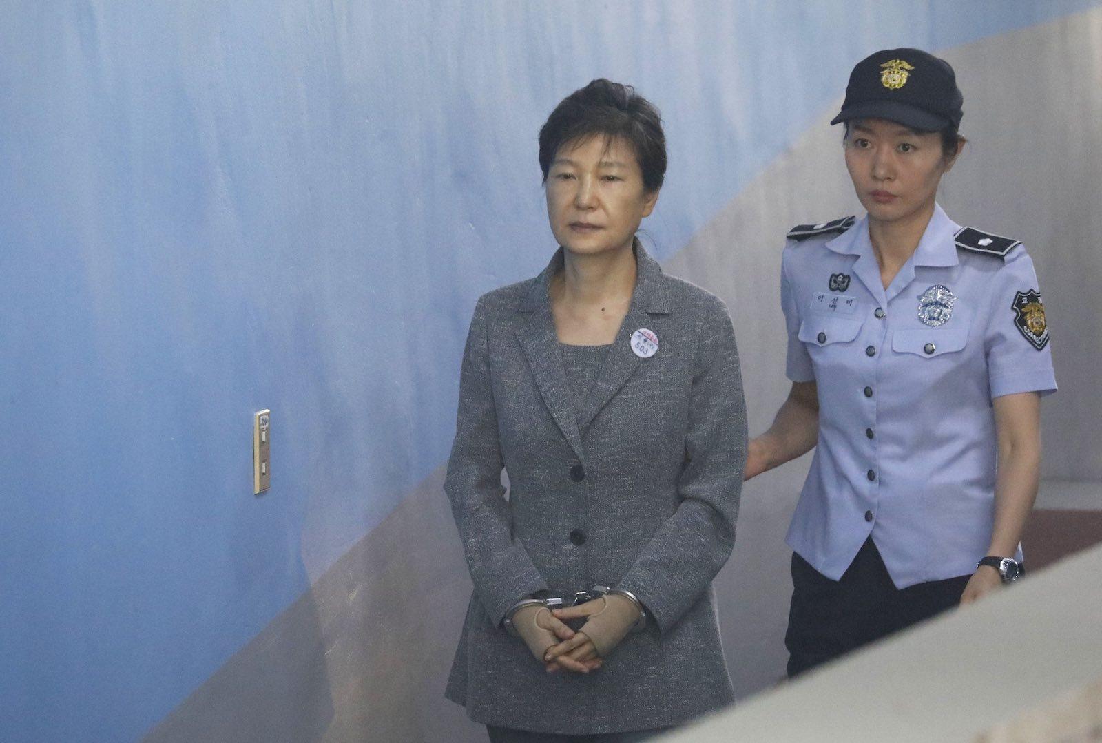 Former South Korean leader Park Geun-hye arrives at court in August 2017 (Photo: Kim Hong-ji via Getty)