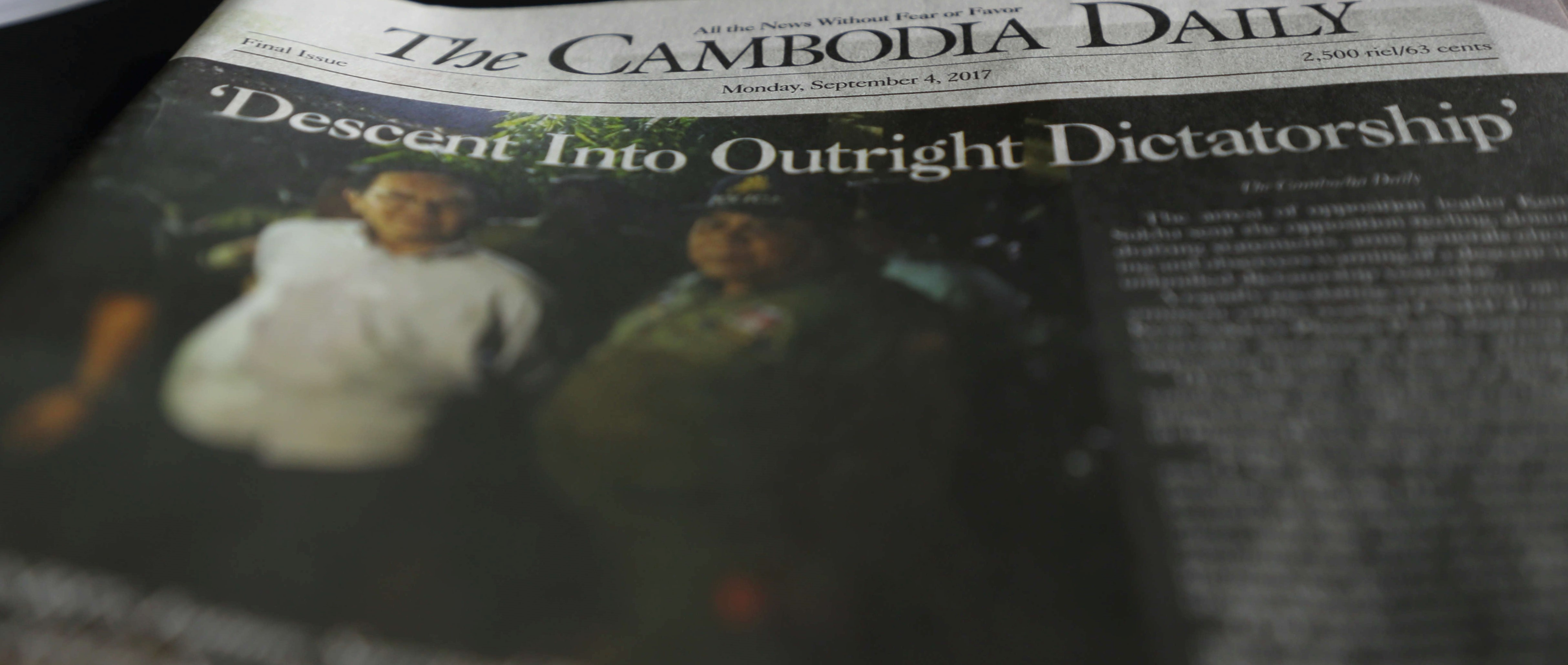 The final edition of the Cambodia Daily, September 2017 (Photo: Satoshi Takahashi/Getty Images)