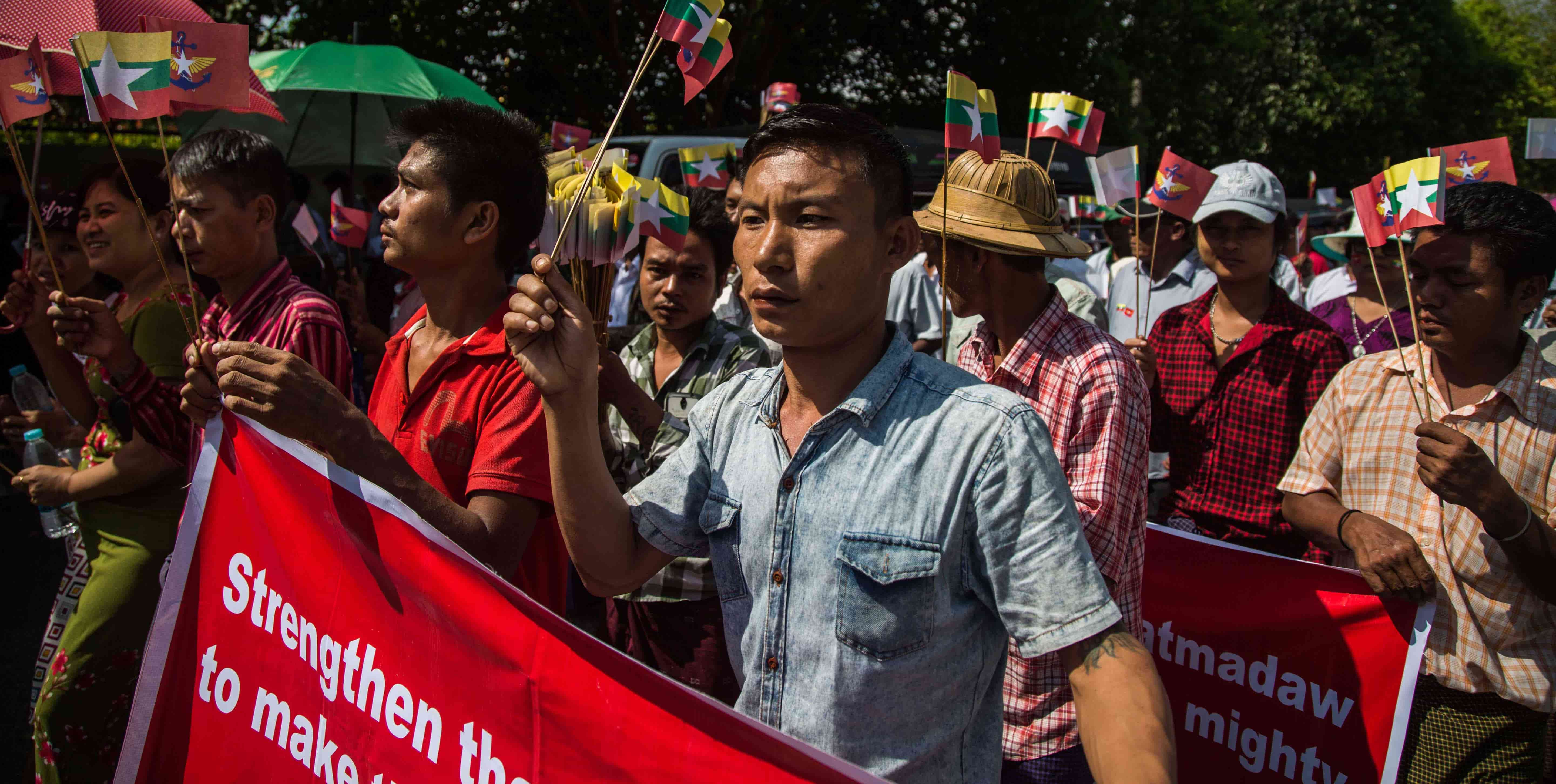 Pro-Tatmadaw demonstrators in Yangon, Myanmar, October 2017 (Photo: Lauren DeCicca/Getty Images)