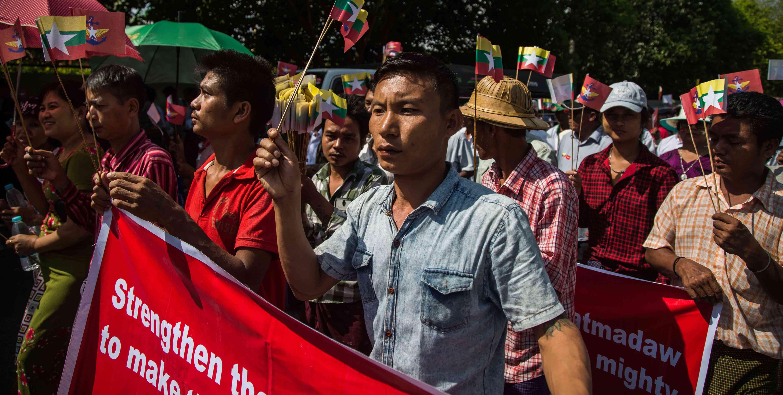 Pro-Tatmadaw demonstrators in Yangon, Myanmar, October 2017 (Photo: Lauren DeCicca/Getty Images)