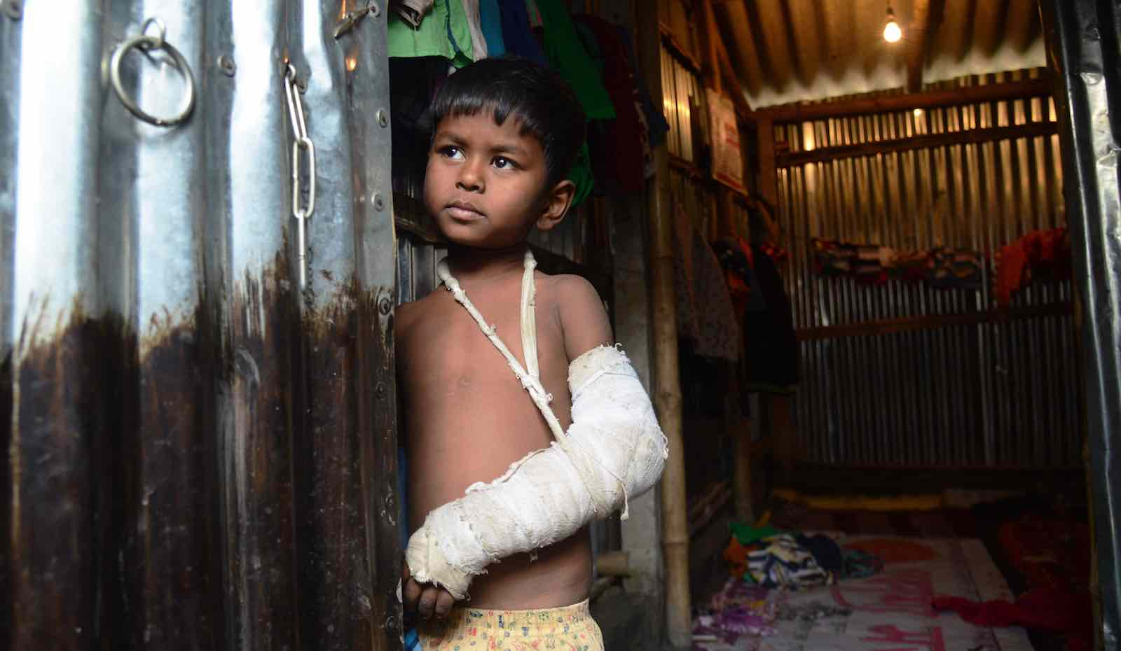 Temporary shelter for Rohingya refugees south of Kolkata, India, in January (Photo: Dibyangshu Sarkar via Getty)
