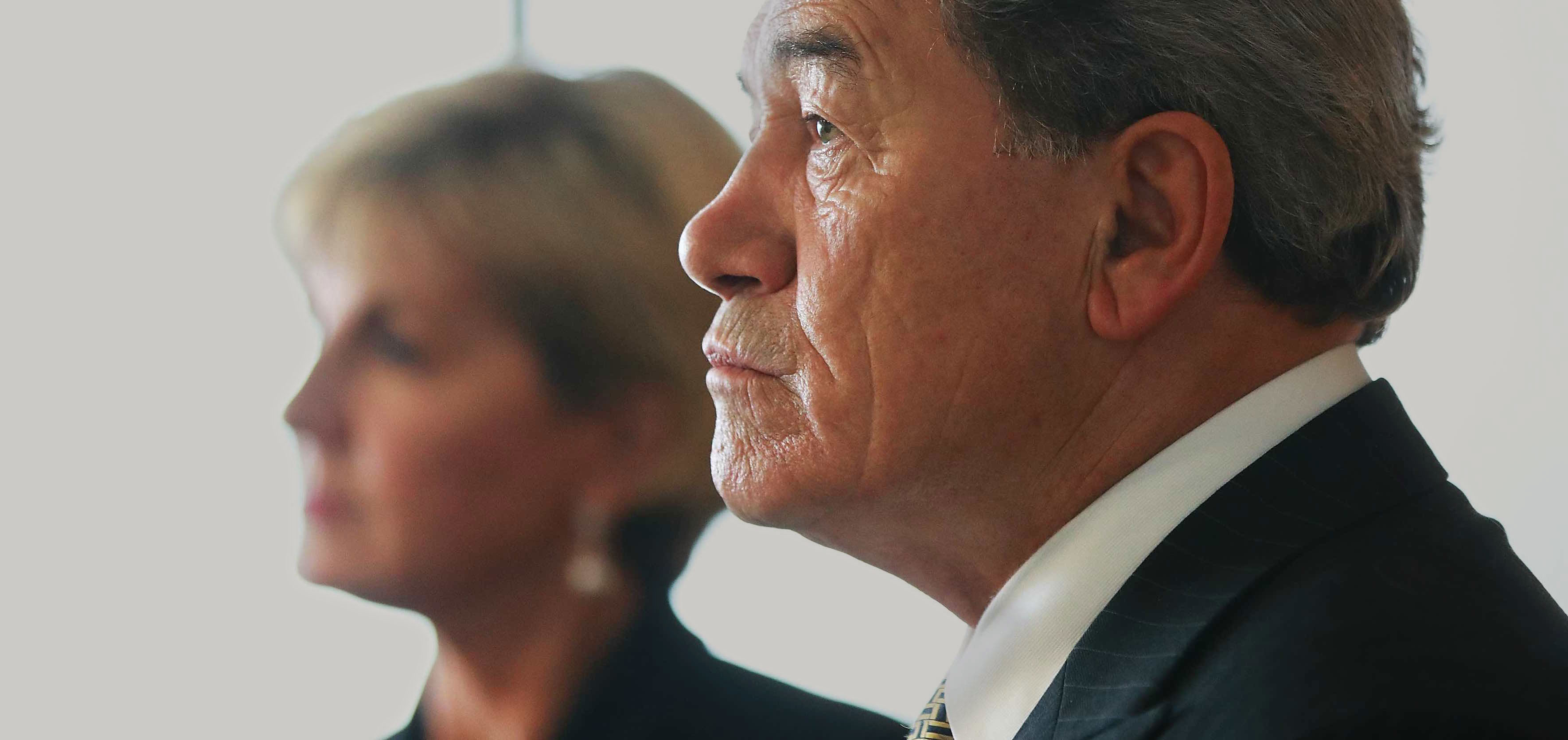 New Zealand Deputy Prime Minister Winston Peters and Australia's Julie Bishop in Wellington last month (Photo: Hannah Peters/Getty)