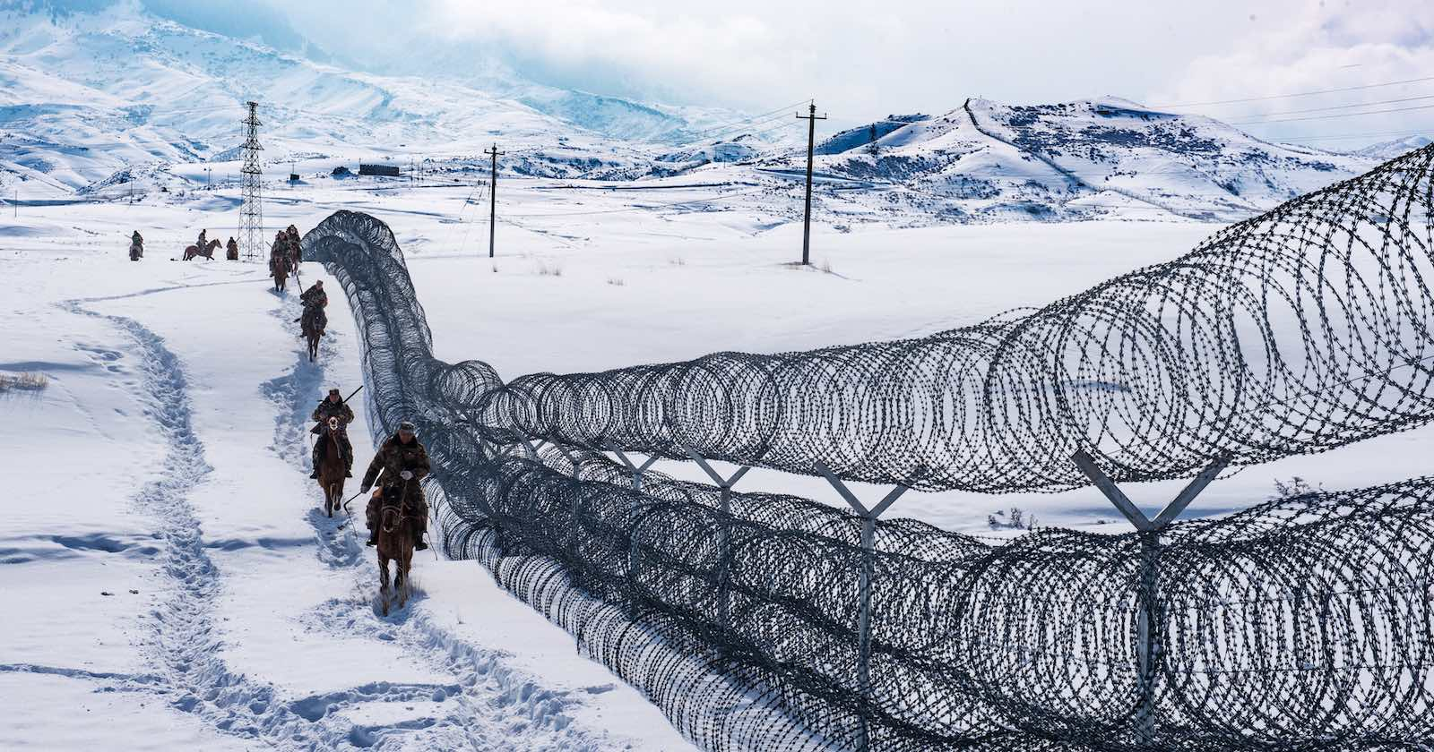 Patrolling the borderline in northwestern China (Photo: VCG via Getty)
