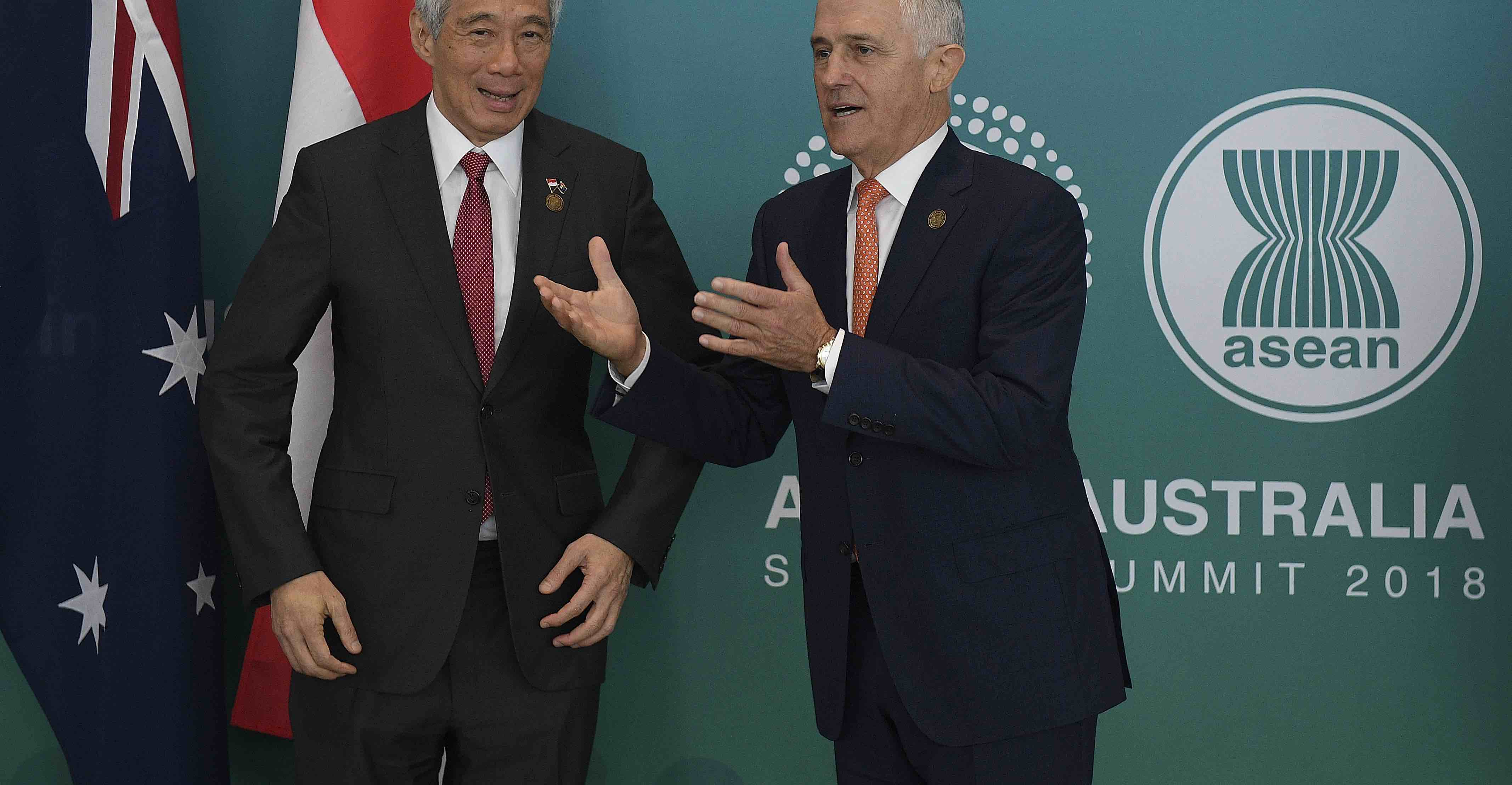 Malcolm Turnbull welcomes Singapore's Lee Hsien Loong on Friday ahead of the Australia-ASEAN summit (Photo by Dan Himbrechts-Pool/Getty)