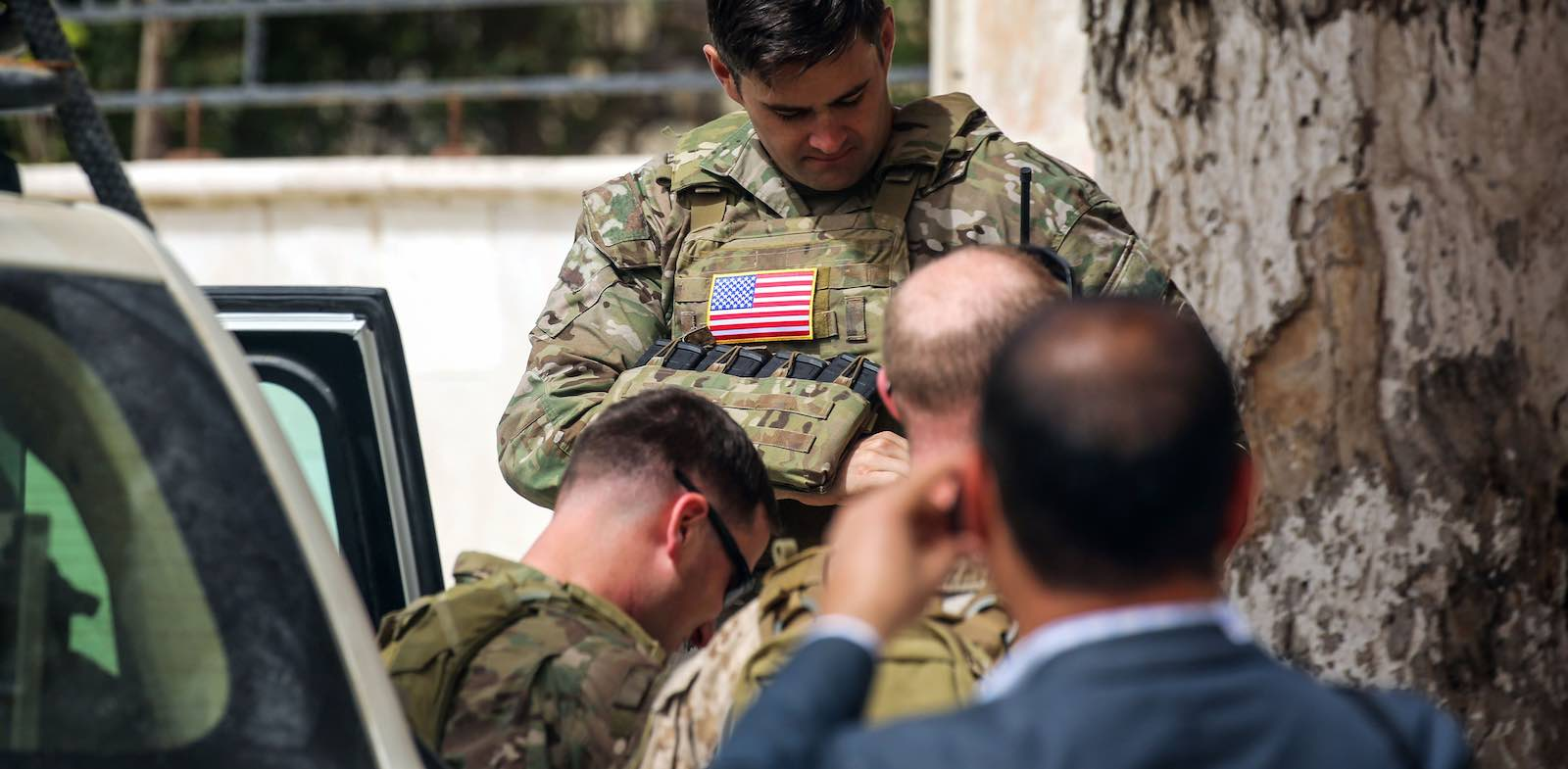 US soldiers in the northern Syrian city of Manbij in March, 2018 (Photo: Delil Souleiman via Getty)