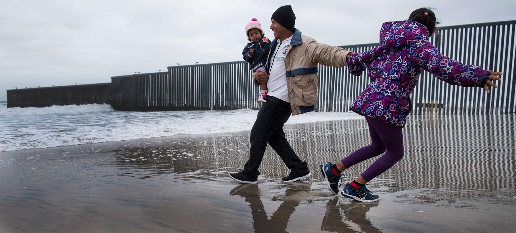 Migrant caravan arrives in Tijuana, Mexico (Photo: Carolyn Van Houten via Getty Images)