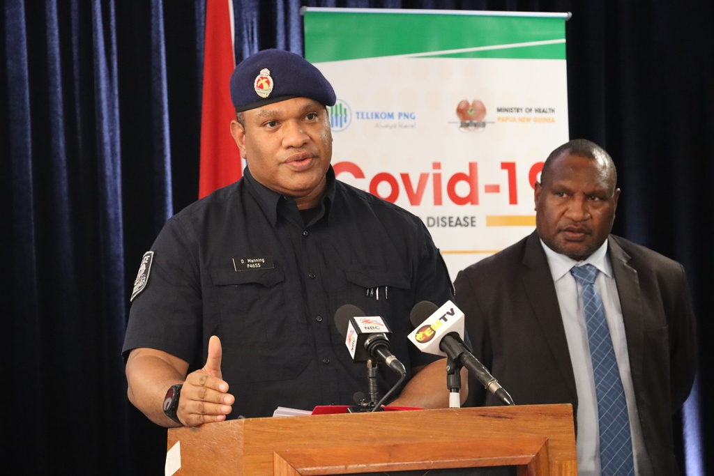 PNG Police Commissioner David Manning with Prime Minister James Marape (covid19.info.gov.pg)