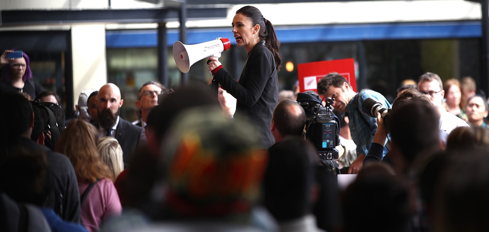 Labour Party leader Jacinda Ardern campaigning in Auckland. (Photo by Phil Walter/Getty Images)