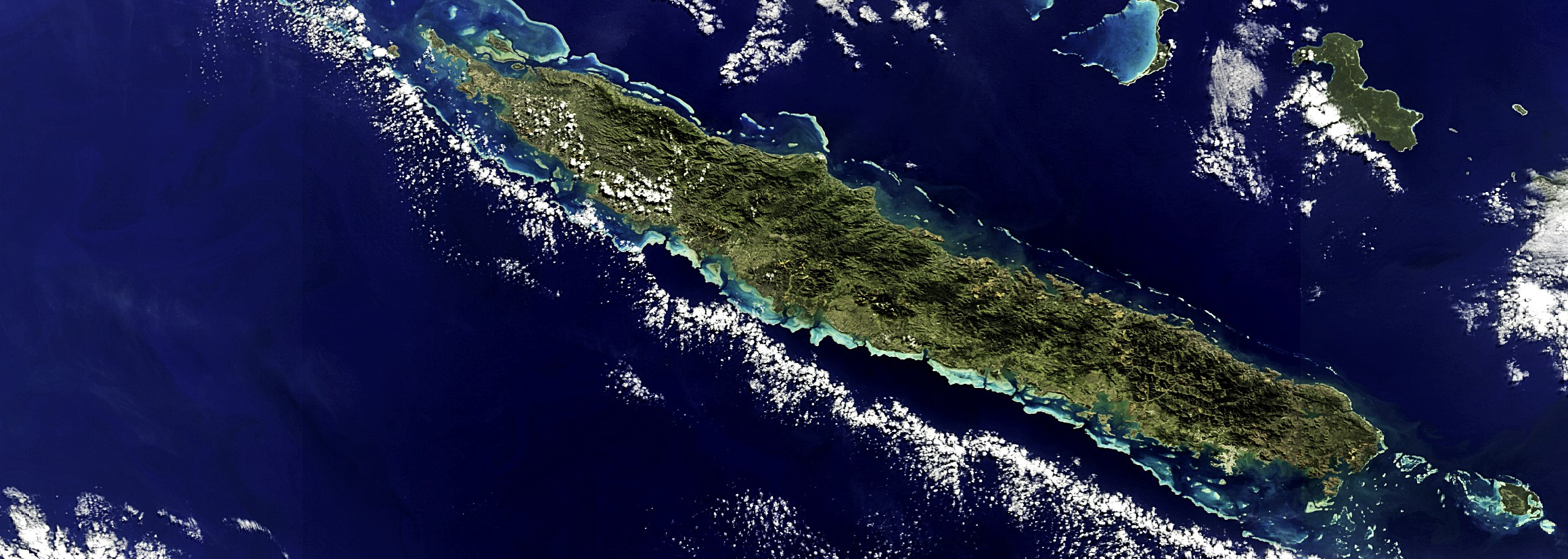 The New Caledonia archipelago (Photo: Envisat image via Creative Commons)