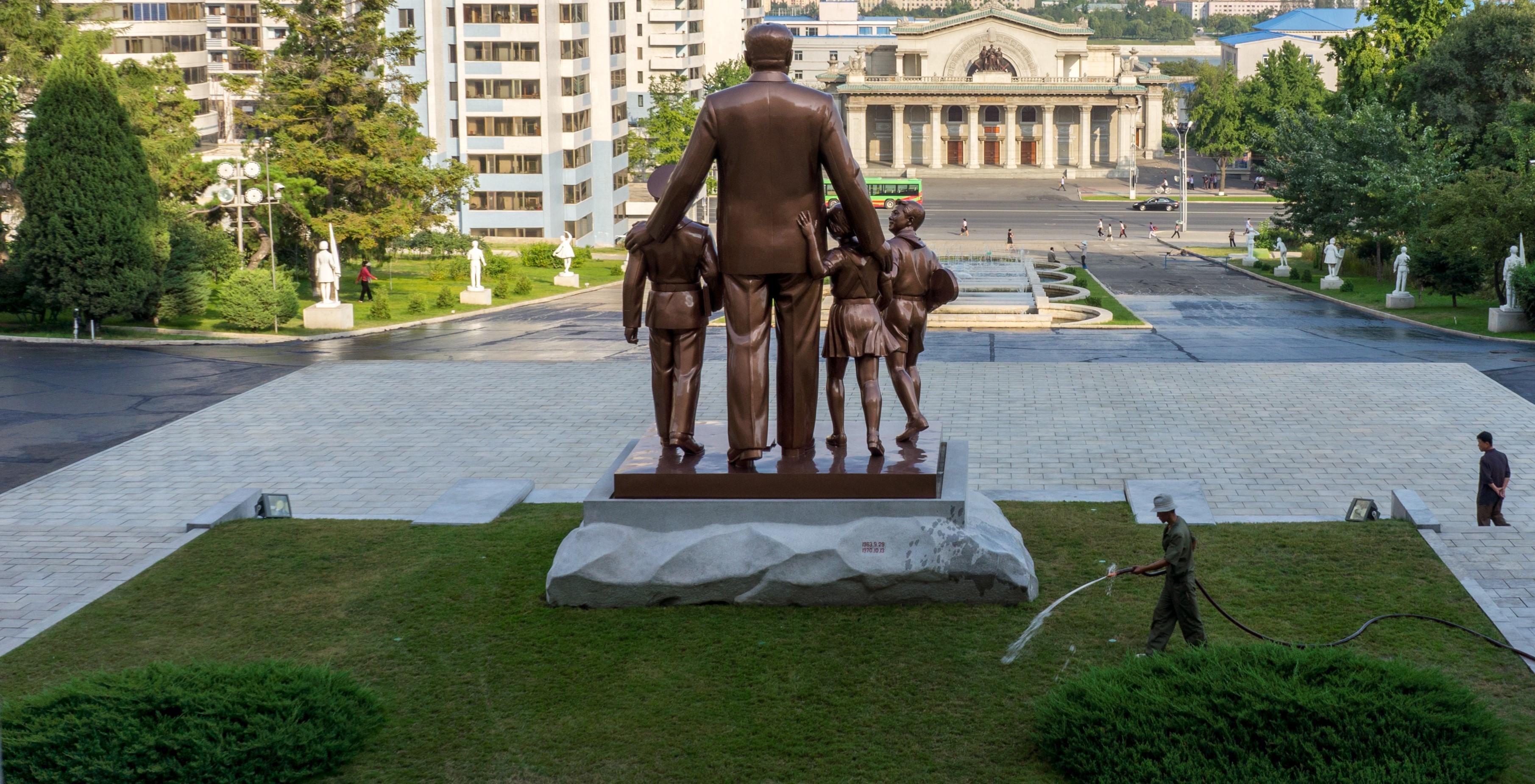 Statue of Kim II-sung, North Korea (Photo: Mario Micklisch/Wikimedia)