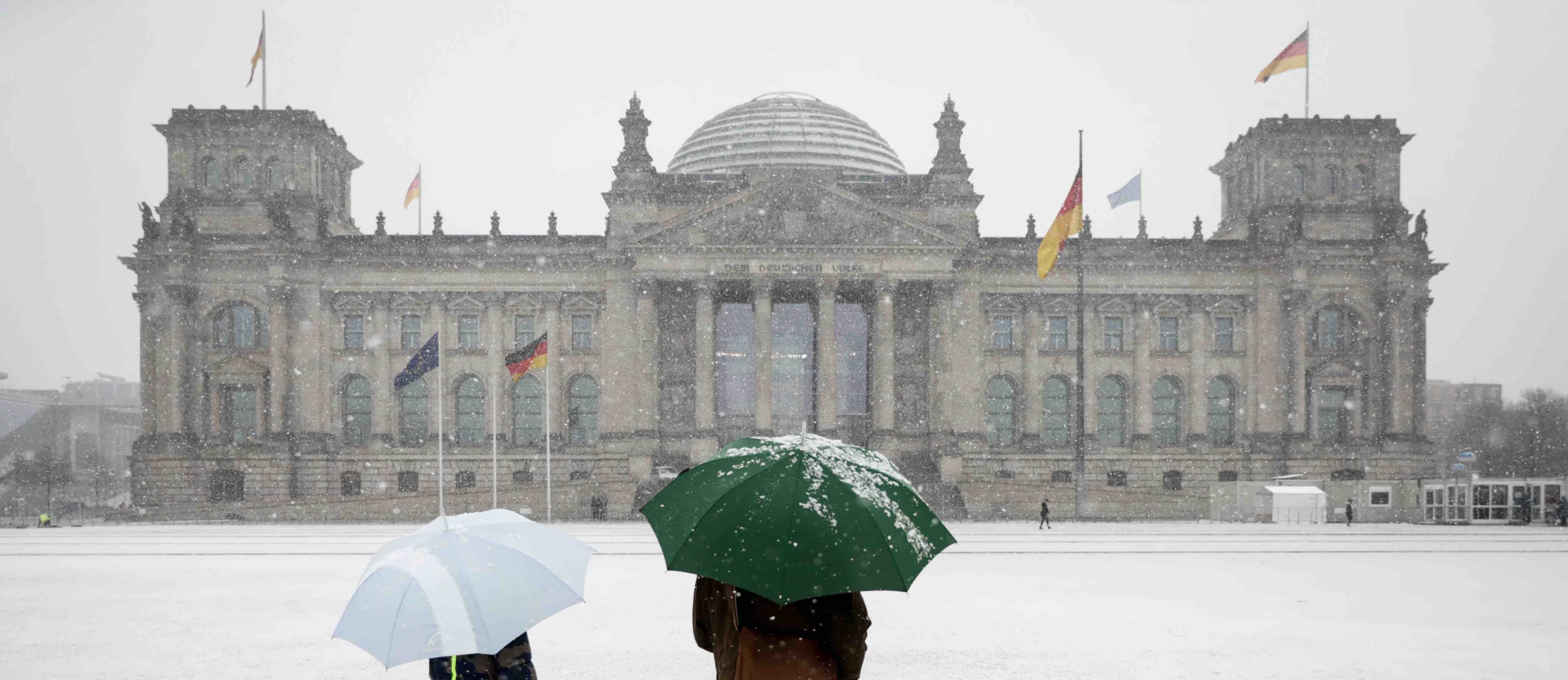 The Reichstag building housing the Bundestag in Berlin. (Photo: Kay Nietfeld/Getty)