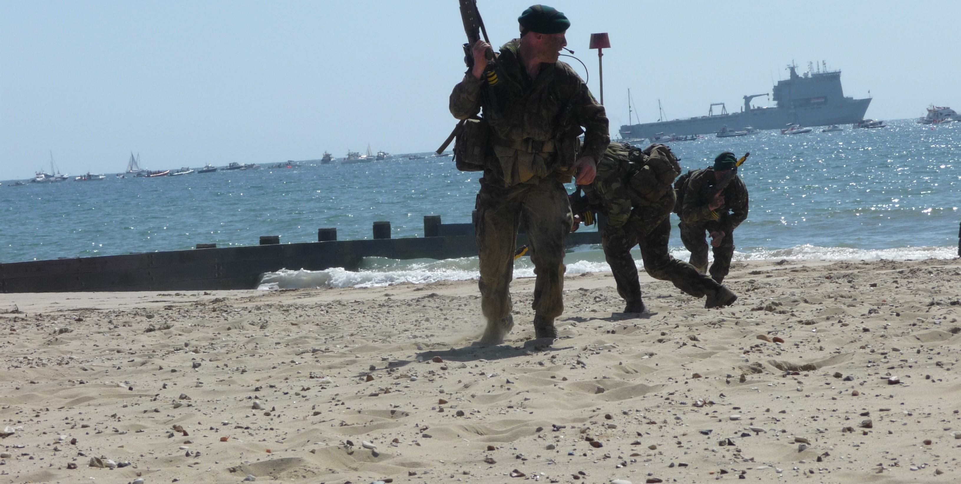 The Royal Marine Commando Display Team (Photo: Flickr/Damo1977)