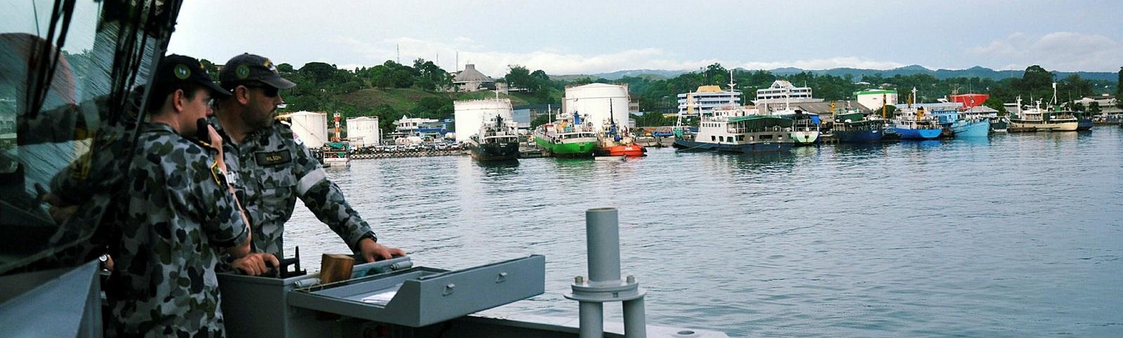 HMAS Wollongong at Honiara, Solomon Islands (Photo: Australian Defence Image Library).