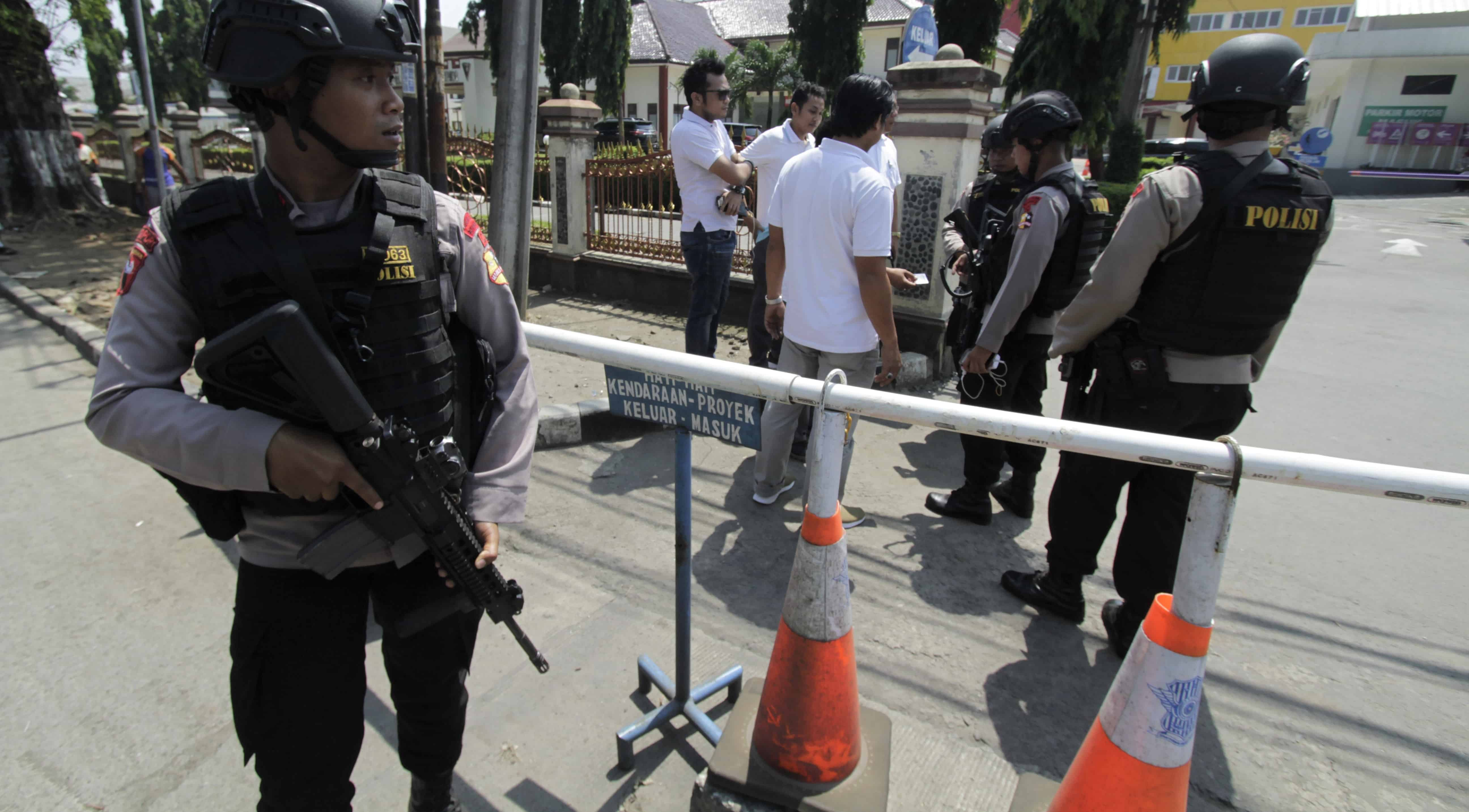 Indonesian police tighten security following Mako Brimob riot (Photo: Eko Siswono Toyudho/Getty)