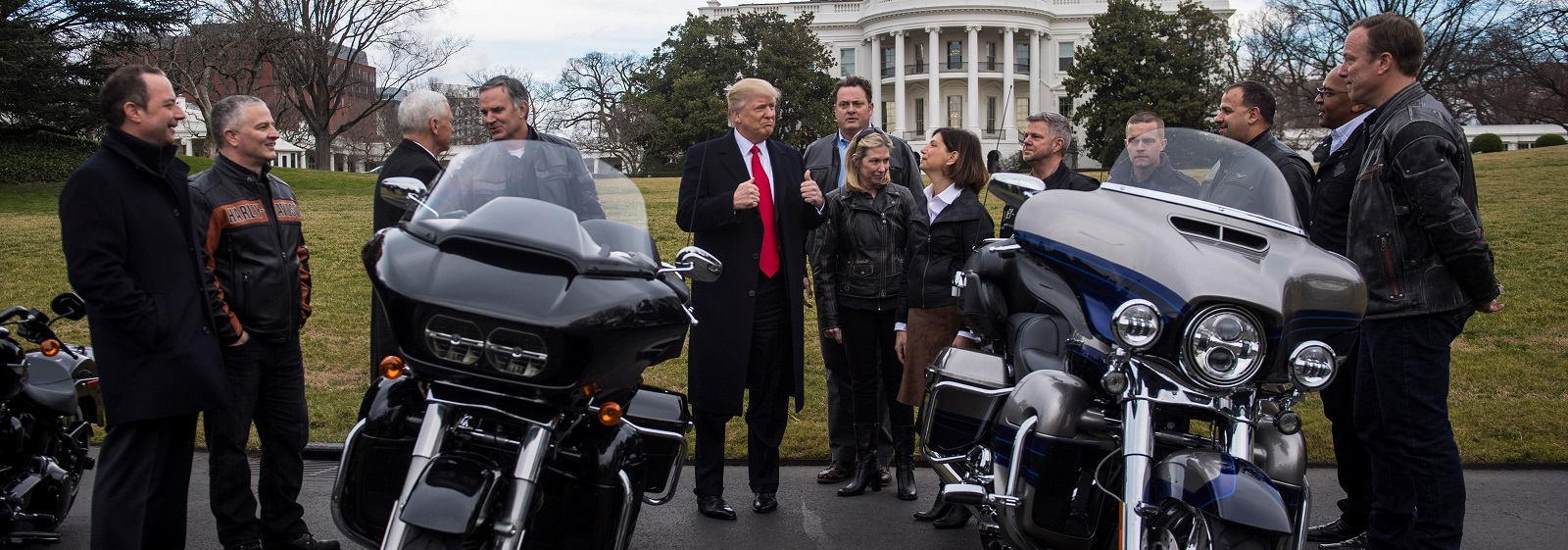 President Trump and Vice President Pence meet with Harley Davidson executives and Union Representatives on 2 Feb 2017 (Photo: Jabin Botsford/Getty Images)