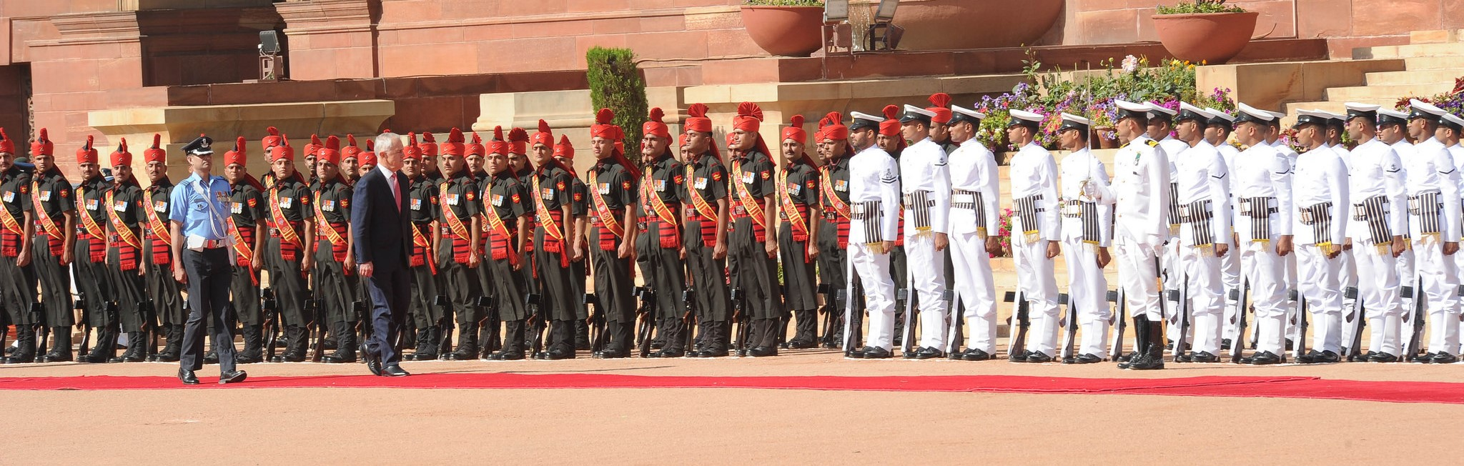 Australian PM Malcolm Turnbull inspects the Guard of Honour at a ceremonial reception in New Delhi last month (Photo: Indian government)