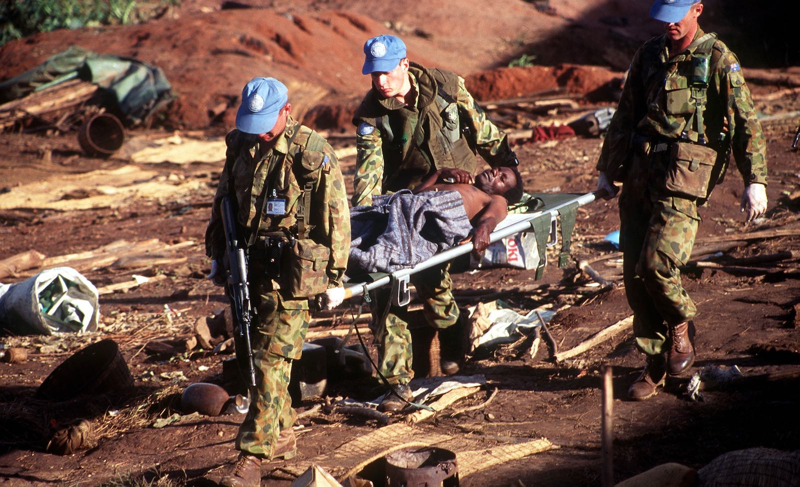 Australian personnel deployed in Rwanda, 1994–1995 (Photo: Department of Defence)