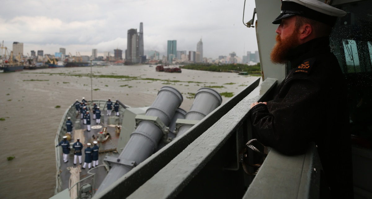 HMAS Anzac approaches Ho Chi Minh City on the Saigon River, 2016. (Defence Imagery)