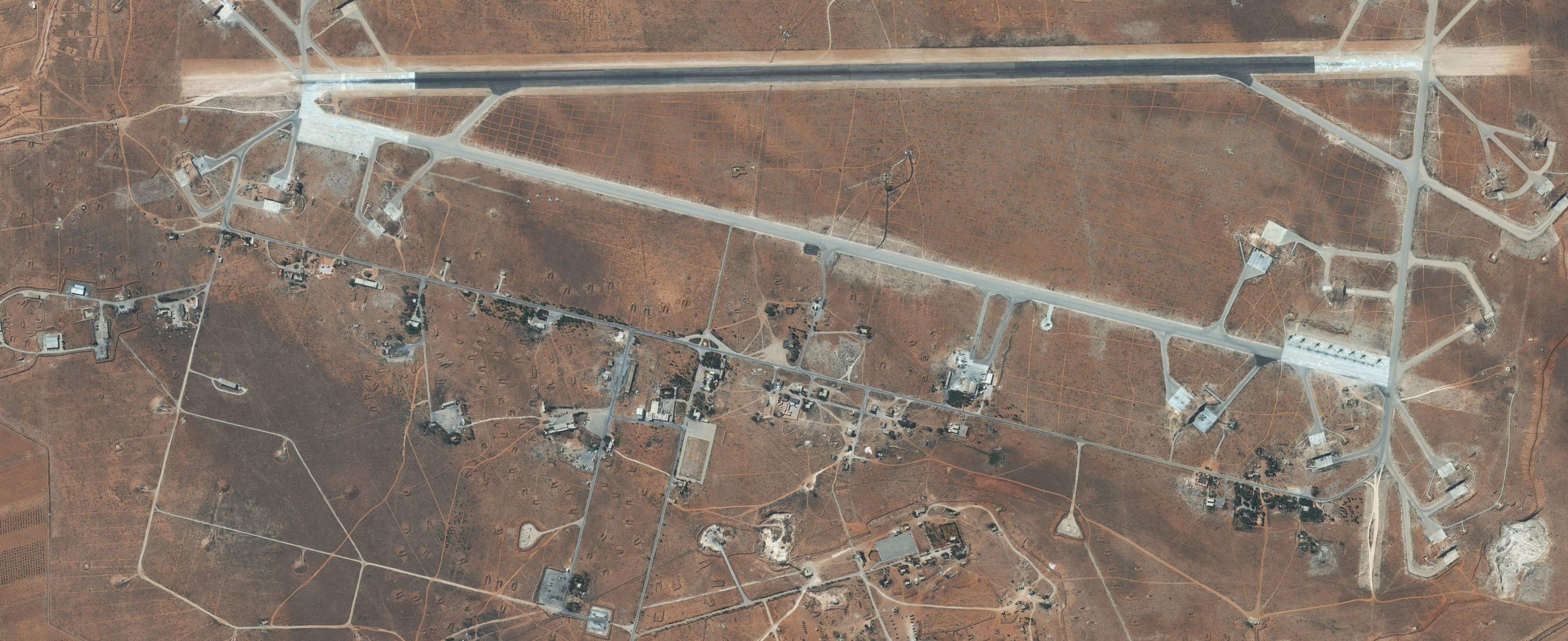 Shayrat airbase, September 2016 (Photo: Getty Images/DigitalGlobe)