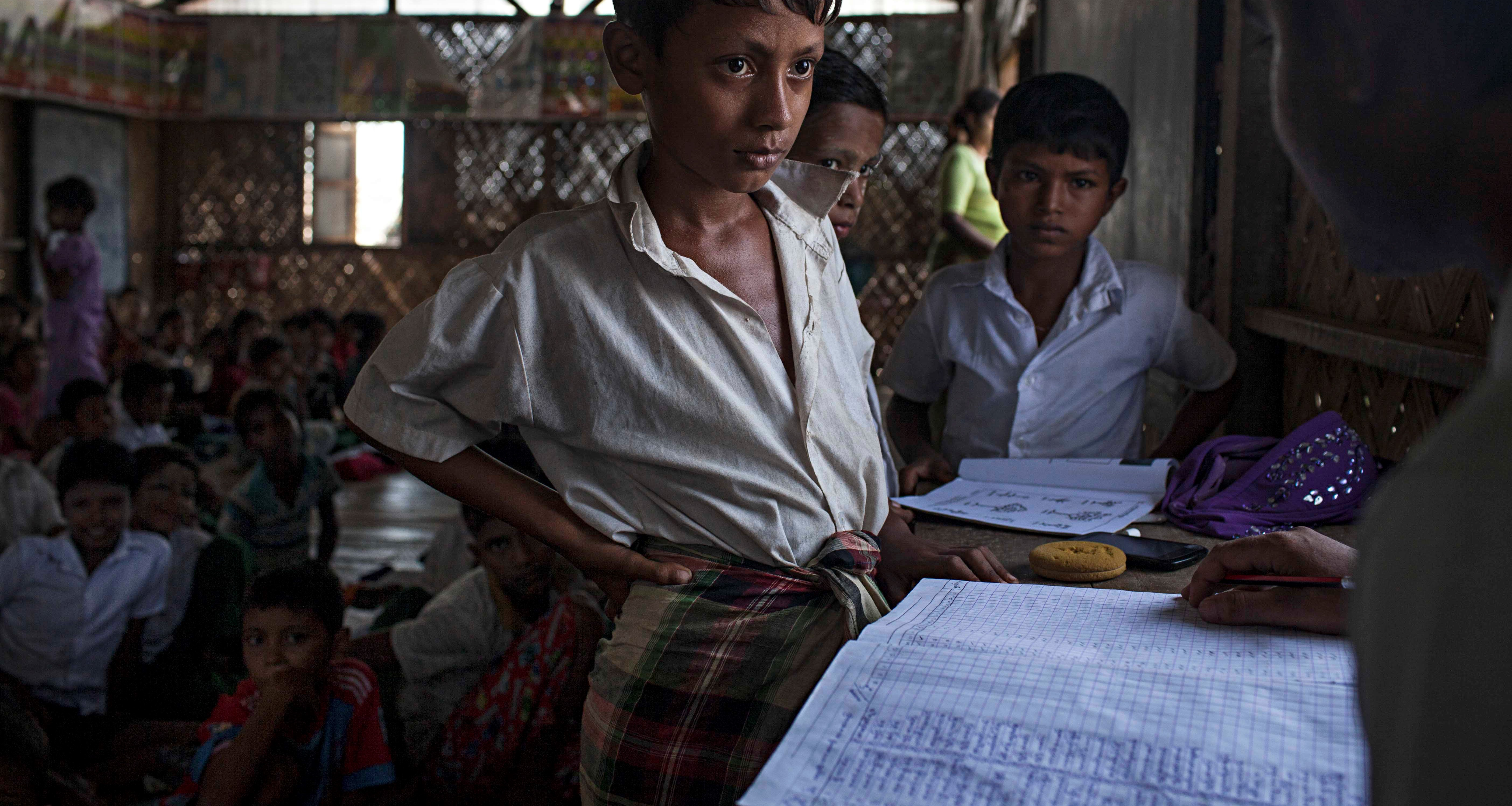 Rohingya children in an internally displaced persons camp in Myanmar, 2016 (Photo: Getty Images/Lauren DeCicca)