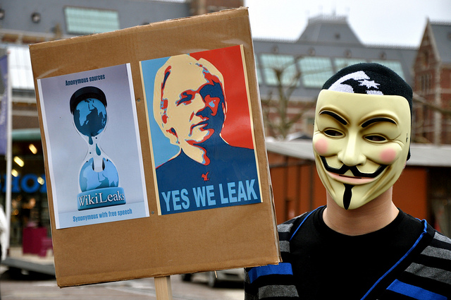 assange wikileaks spying snowden