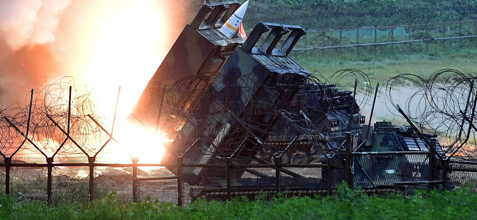 A South Korea-US joint missile drill in response to North Korea's launch on Friday (Photo: Getty Images)