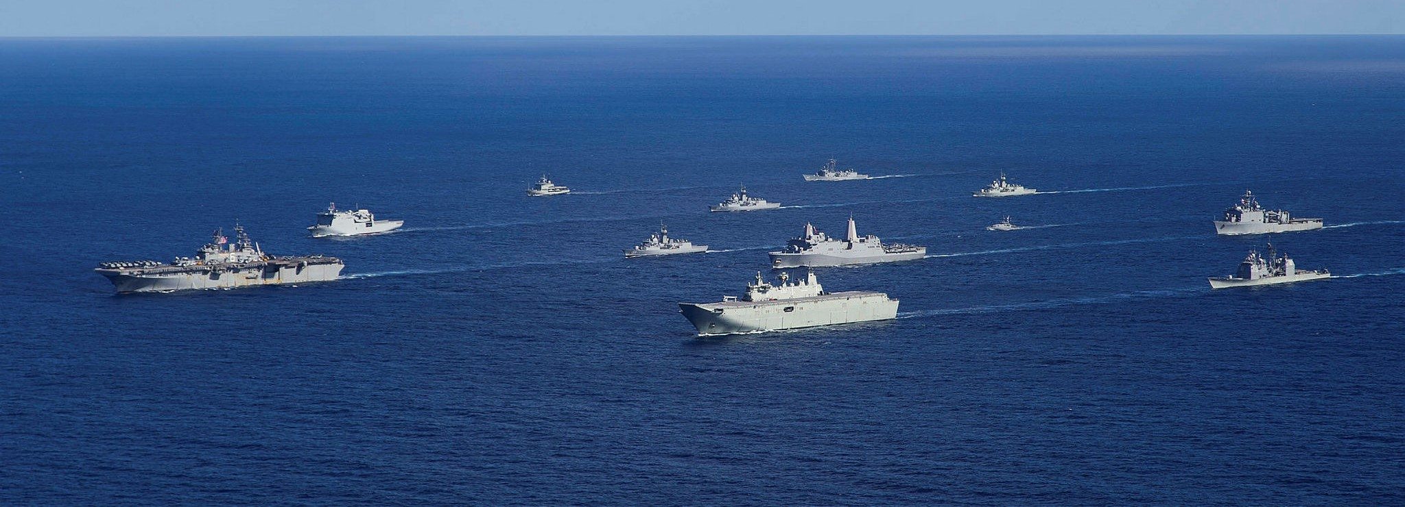 Navy ships from Australia, the US and New Zealand in formation during Exercise Talisman Sabre 17  (Photo: Australian Defence Image Library)