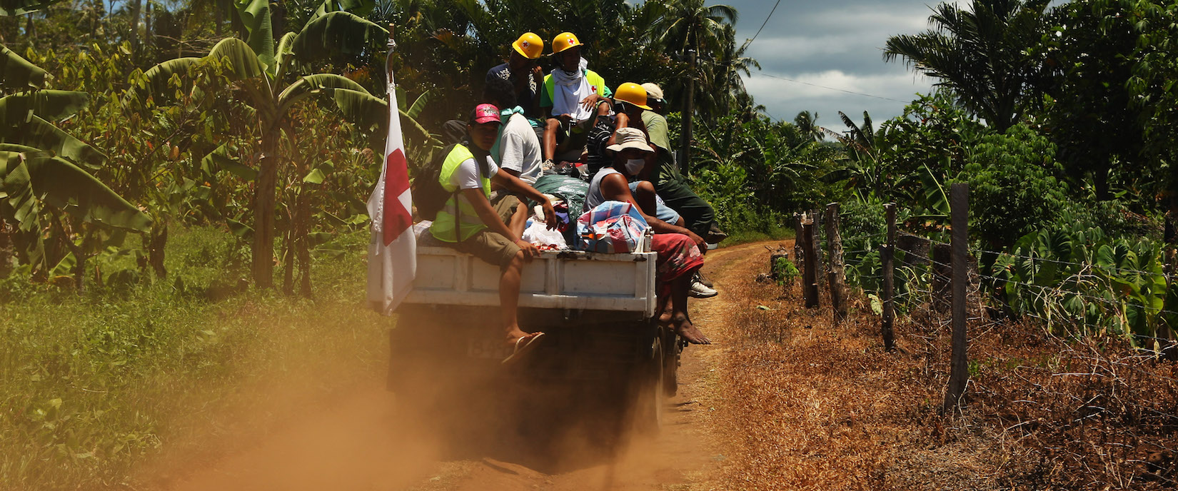 Aid supplies are delivered into the hills near Apia, Samoa (Photo: Phil Walter/Getty)