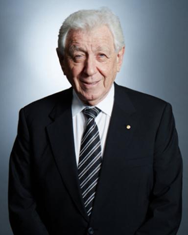 Frank Lowy's picture