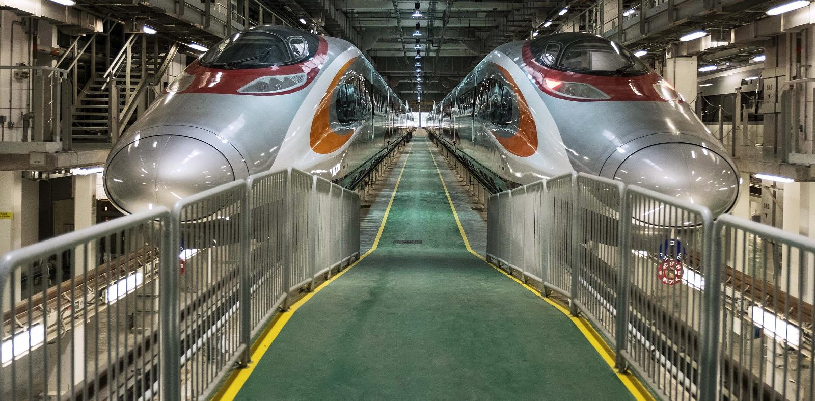 Two Guangzhou-Shenzhen-Hong Kong Express Rail Link (XRL) trains stand in Hong Kong (Photo: Billy H.C. Kwok/Getty Images)